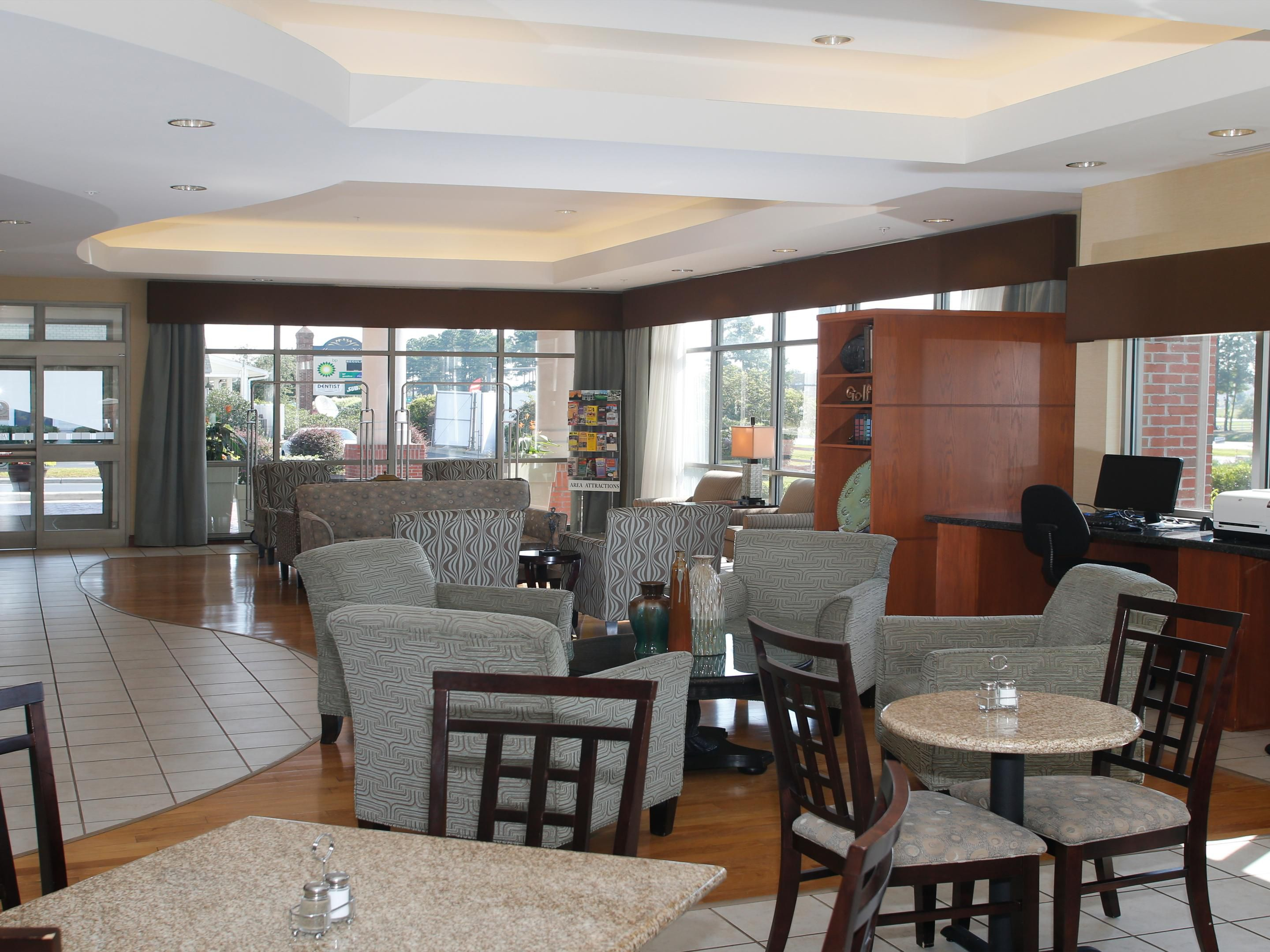 Holiday Inn Express Leland-Wilmington Area Hotel Lobby
