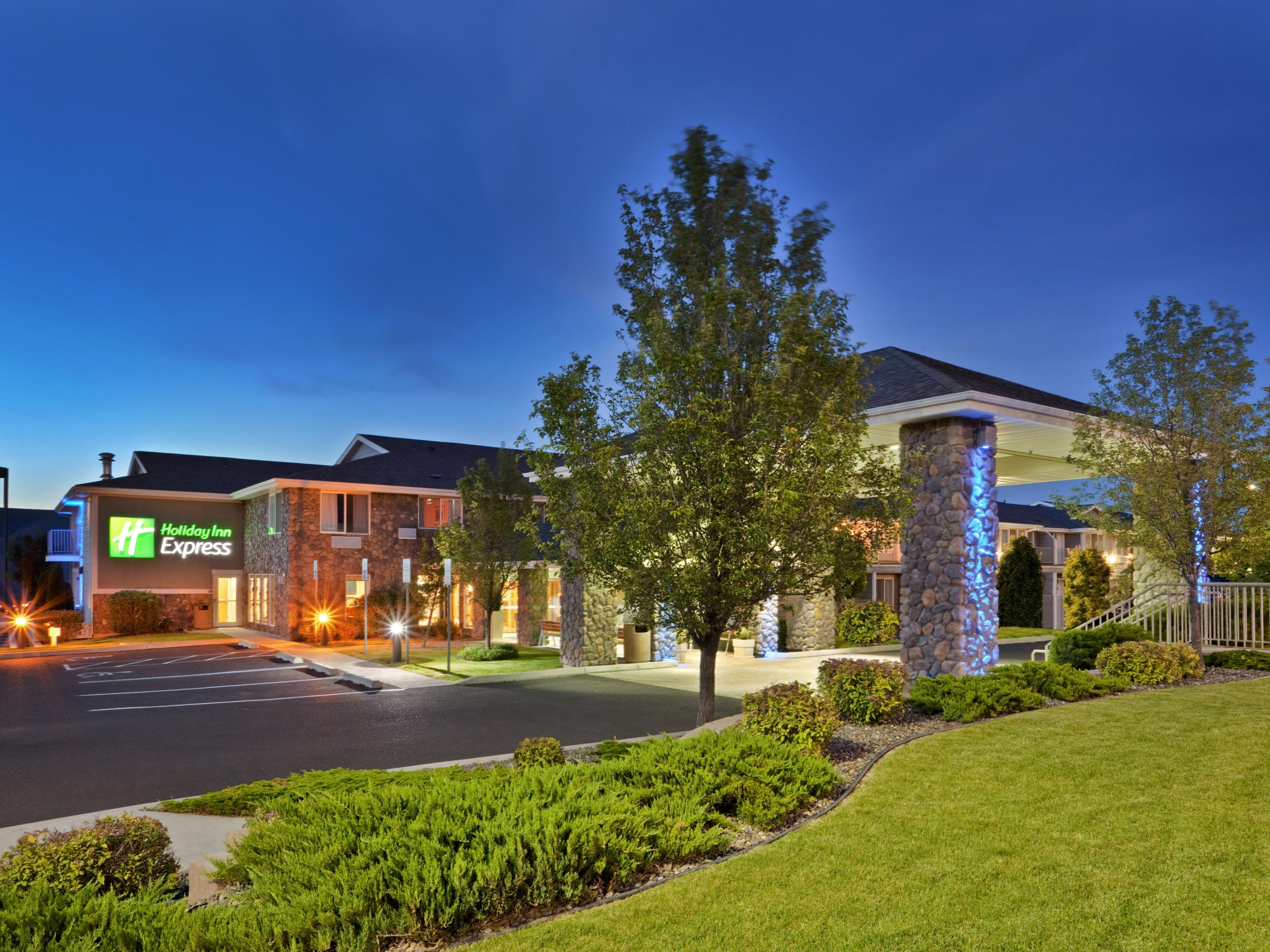 Welcome to the Holiday Inn ExpressHotel Lewiston!