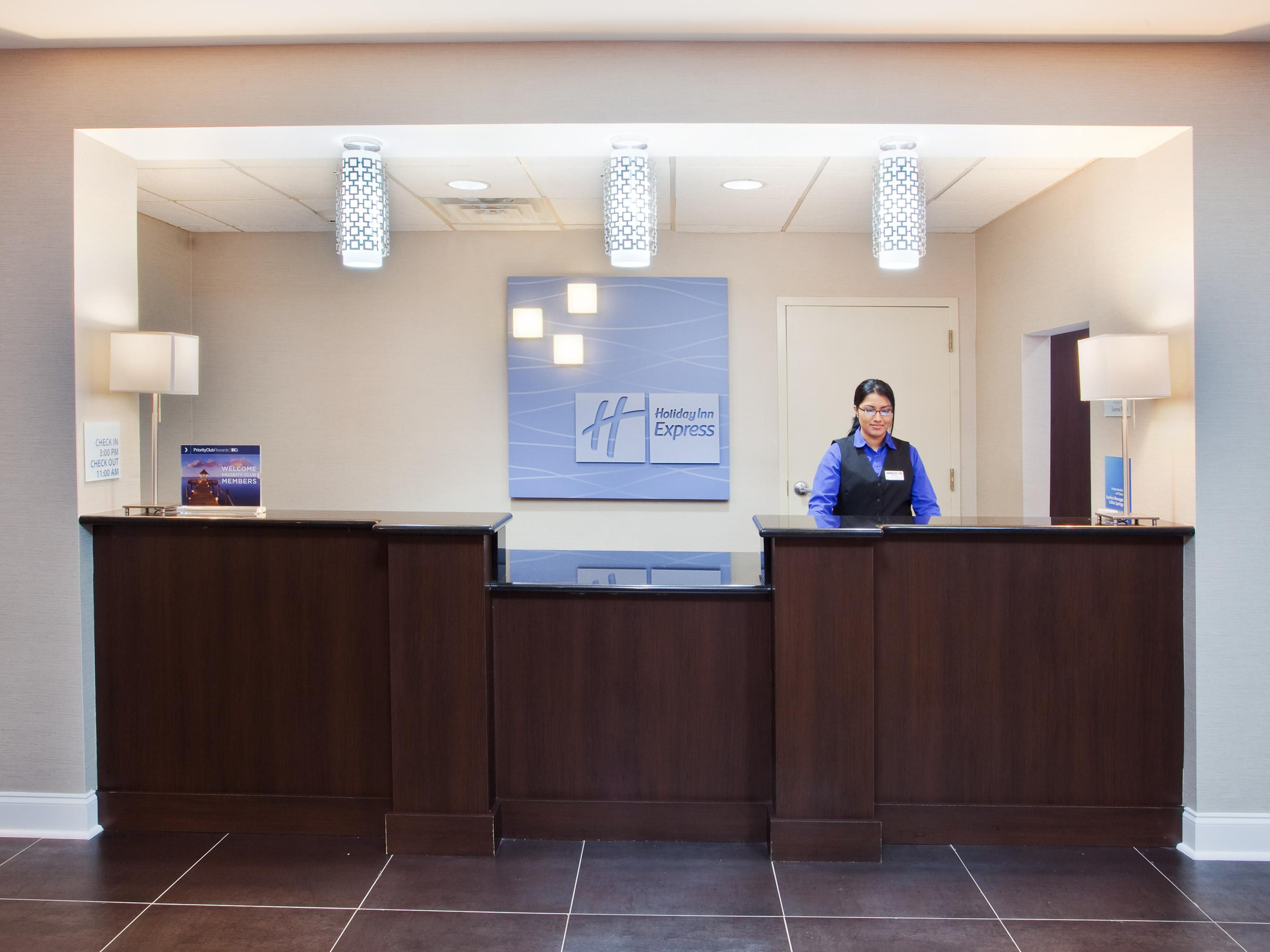 Welcome To Your Holiday Inn Express Hotel Near Six Flags