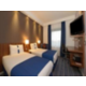 Twin Bed Guest Room with free Wi-Fi f and free breakfast