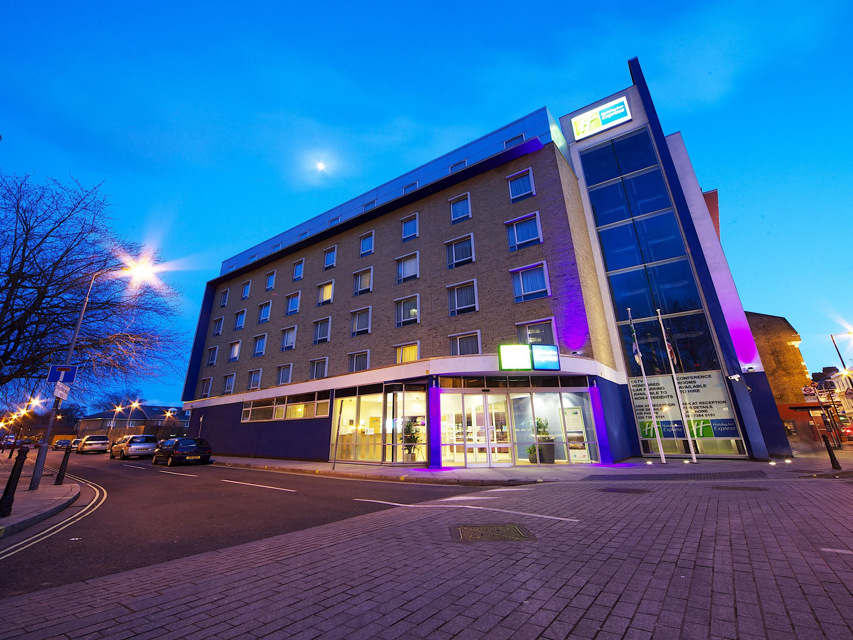 Holiday Inn Express - London Earls Court - Hotel Ext