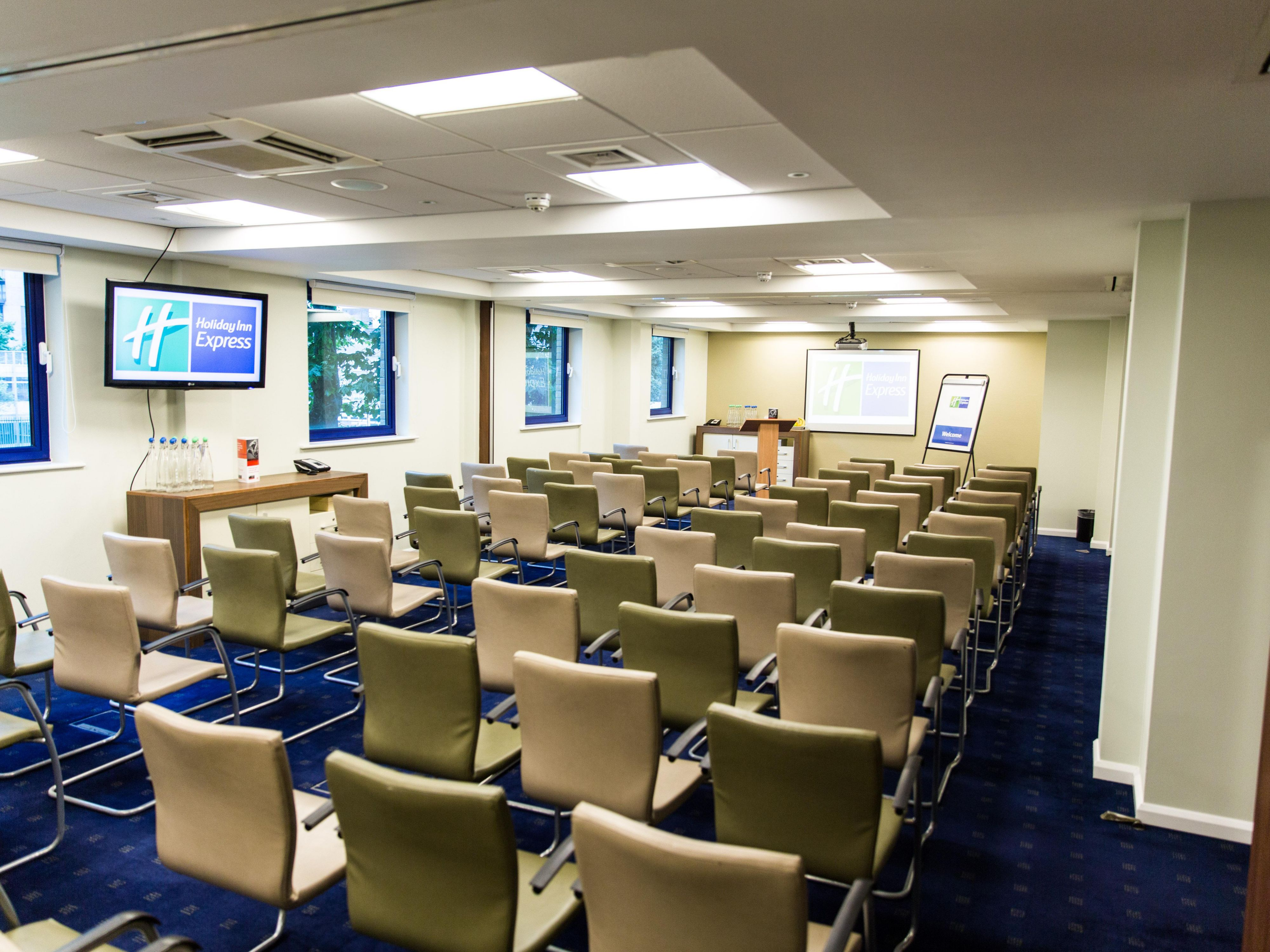 Conference room to accommodate up to 80 delegates theatre style