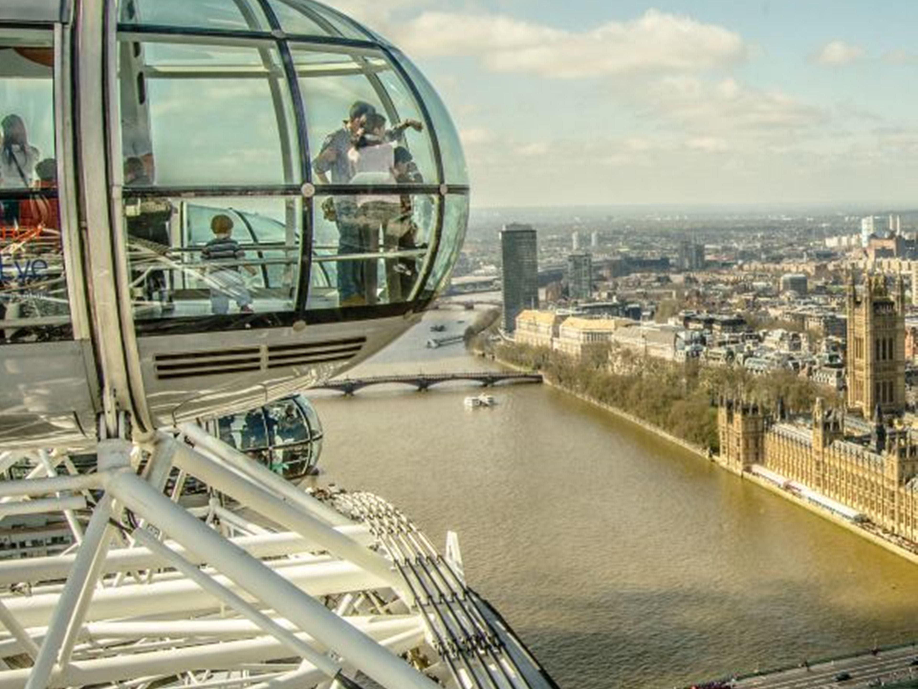 London Eye is located 23 minutes from the hotel on underground