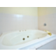 Queen Suite jetted tub