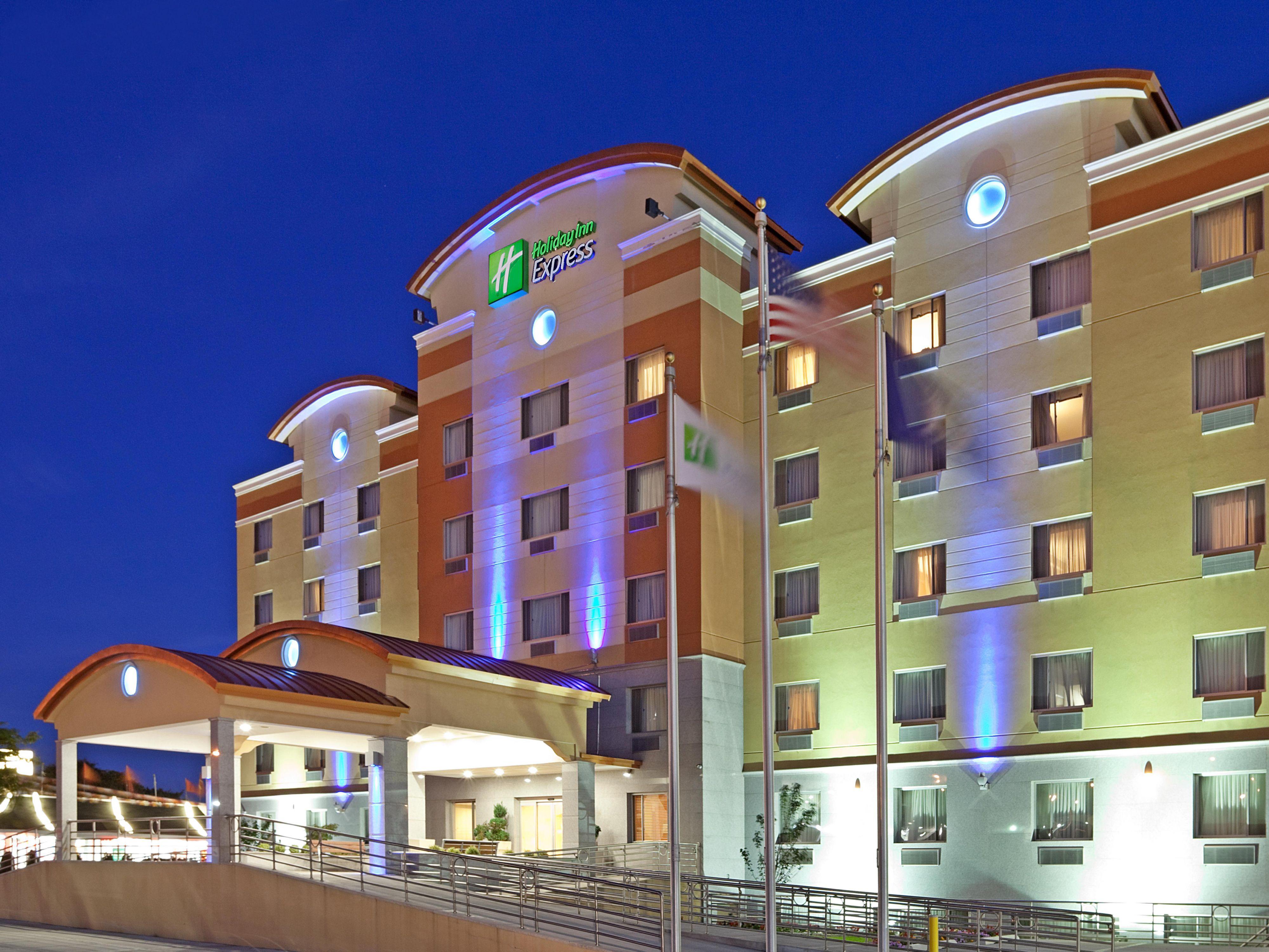 christmas queens hotel leeds