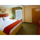 One Queen Bed Suite, FREE FAST Wi-Fi!