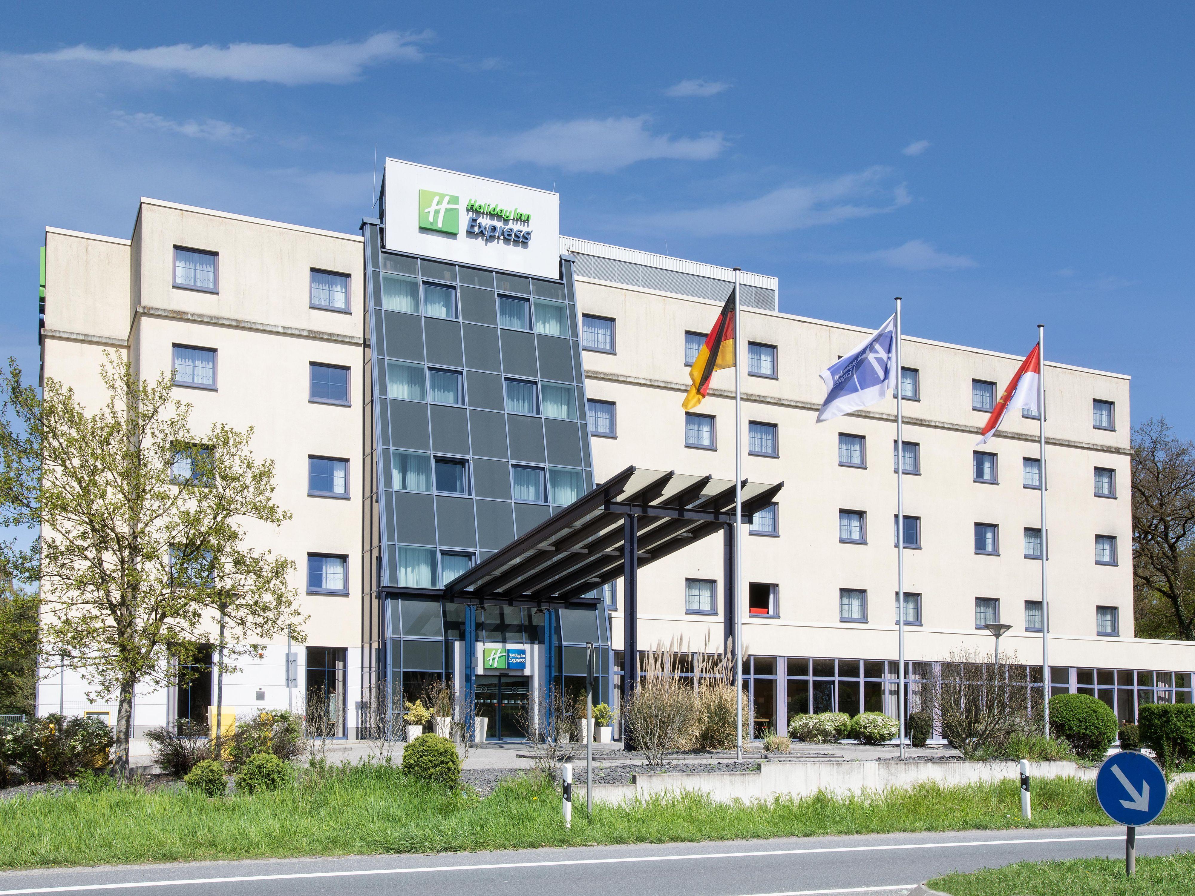 Hotels Near Frankfurt Airport Fra Holiday Inn Express Frankfurt