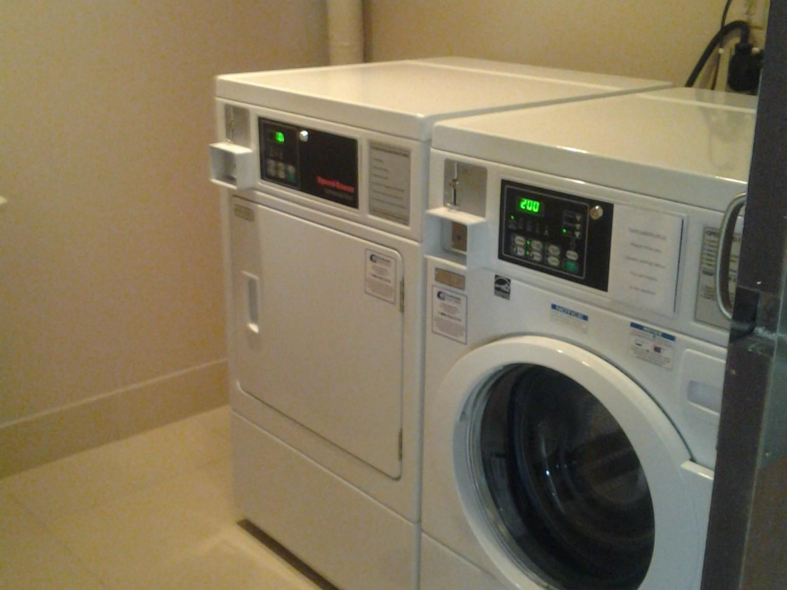 Holiday Inn Express Waterfront Mall Guest Laundry