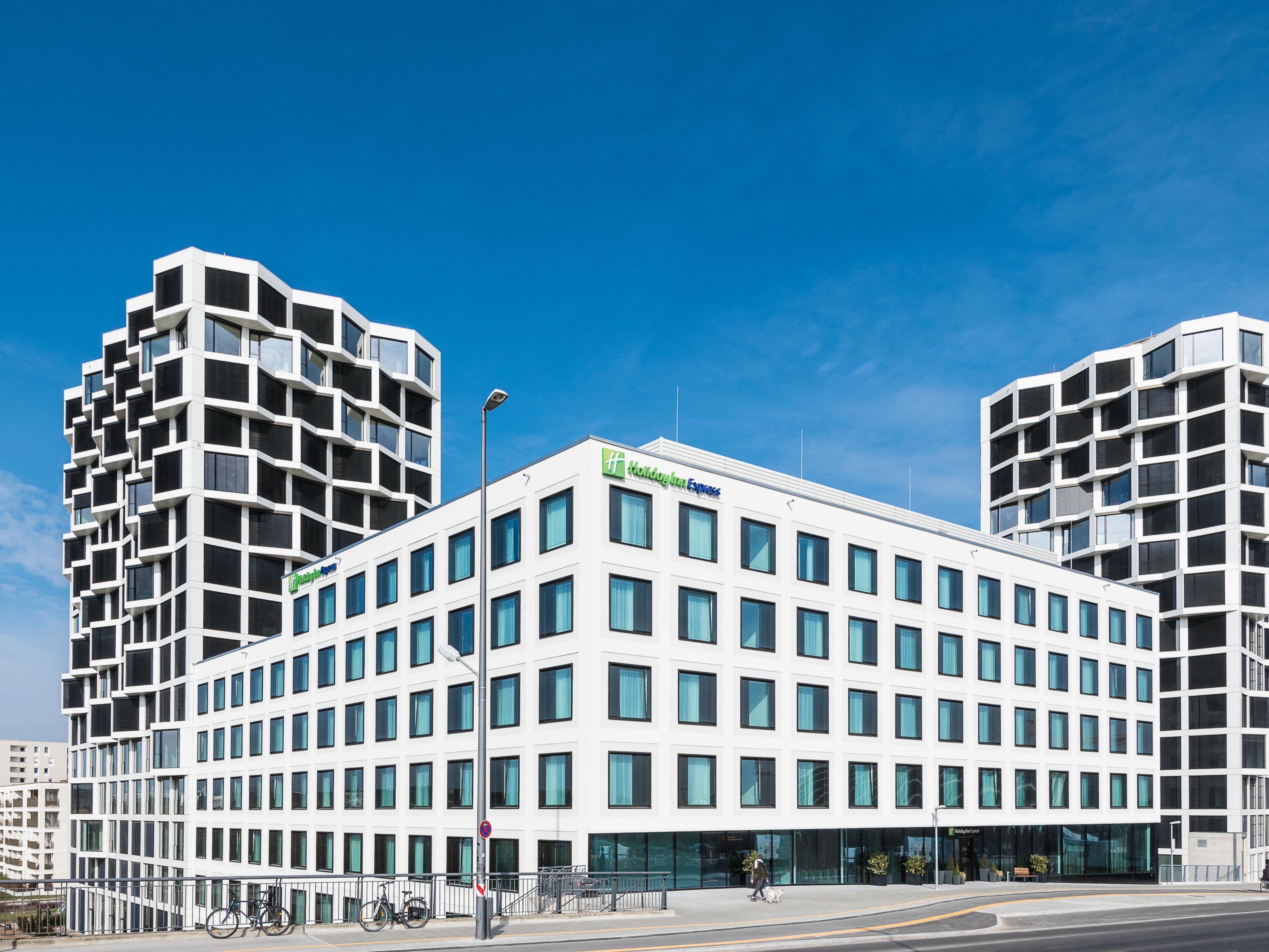 Zentrales Hotel Holiday Inn Express M 252 Nchen City West