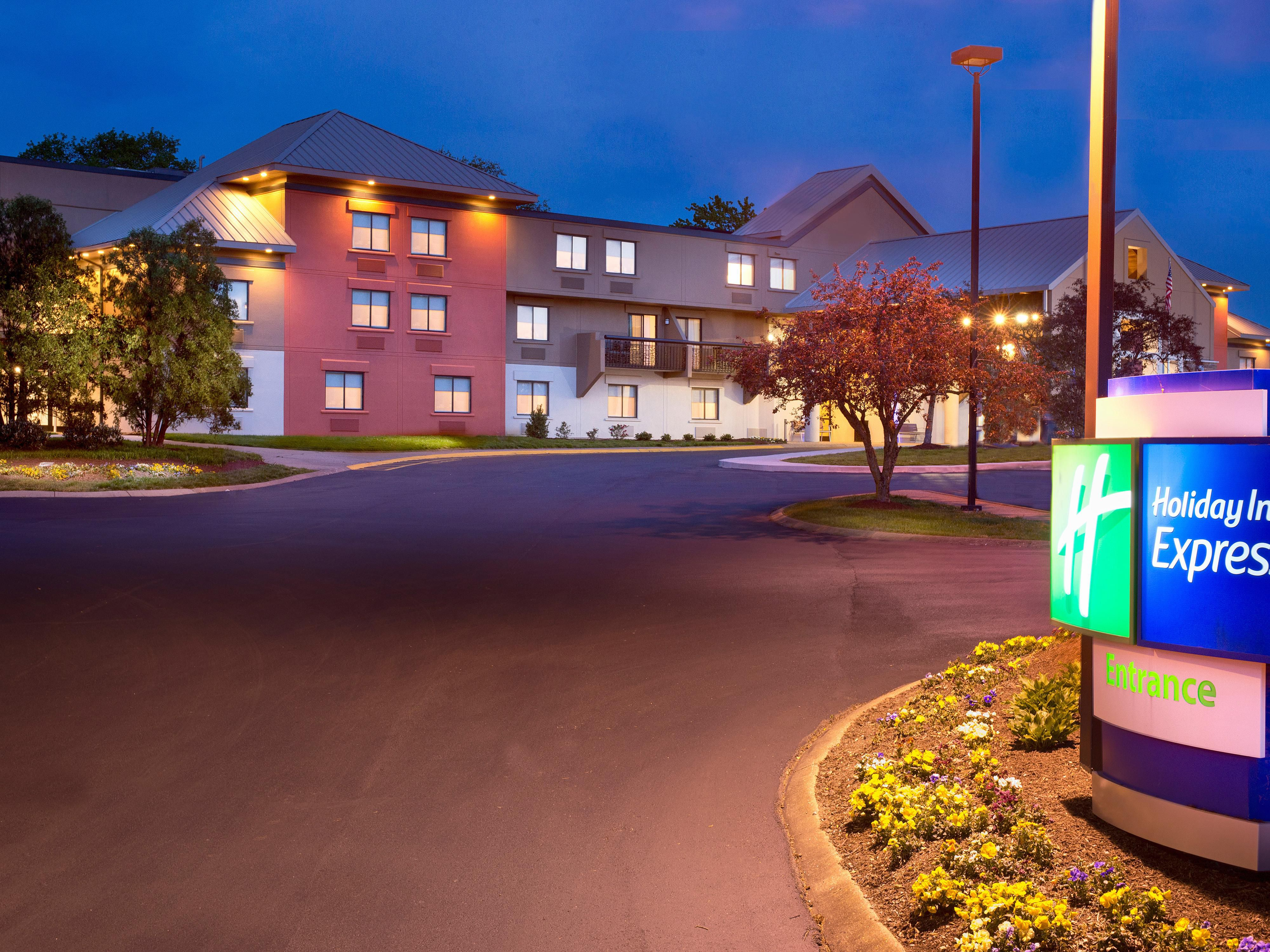 Hotel By Nashville Airport Holiday Inn Express Nashville
