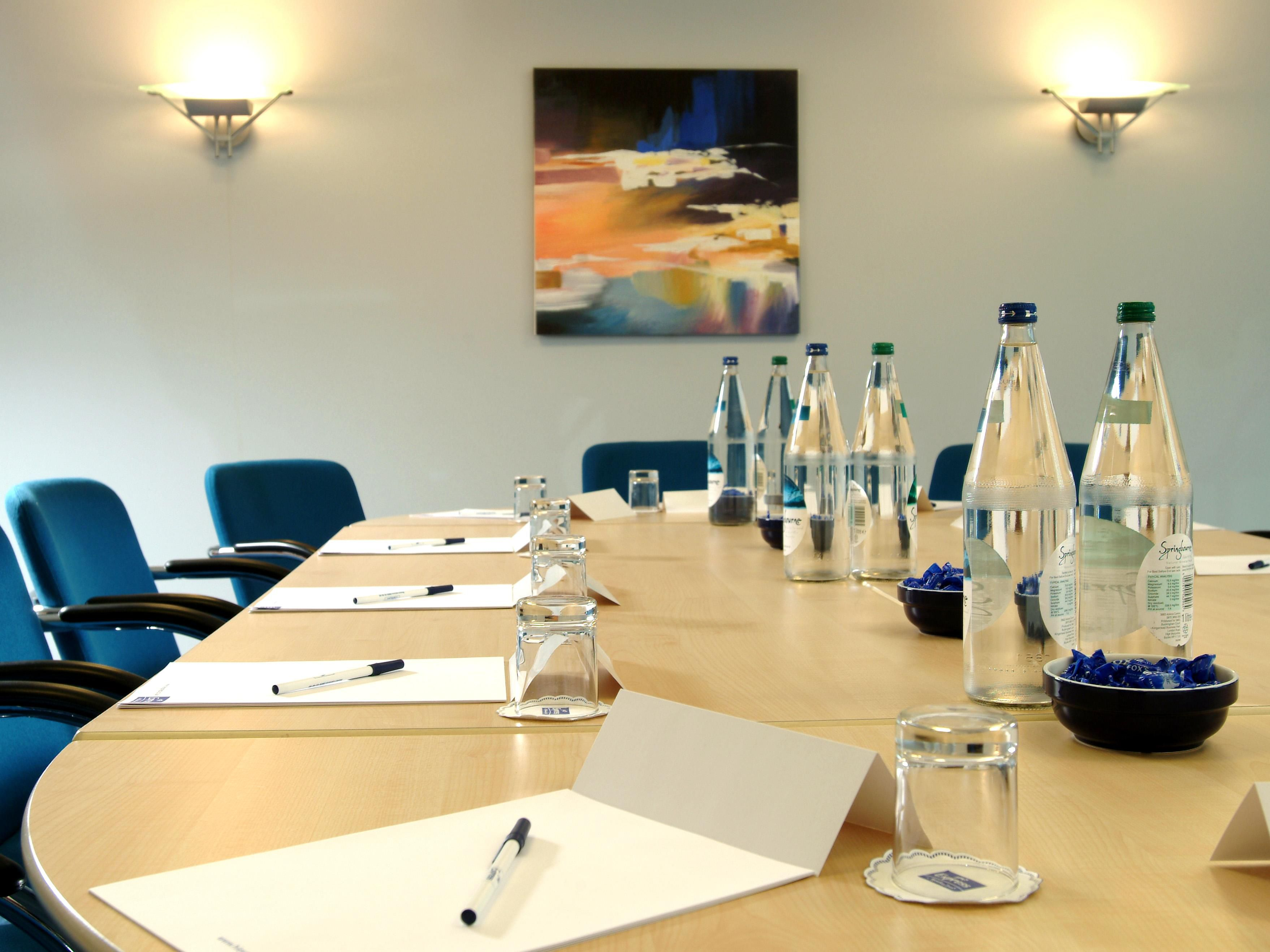 We can set up our conference rooms in a variety of styles