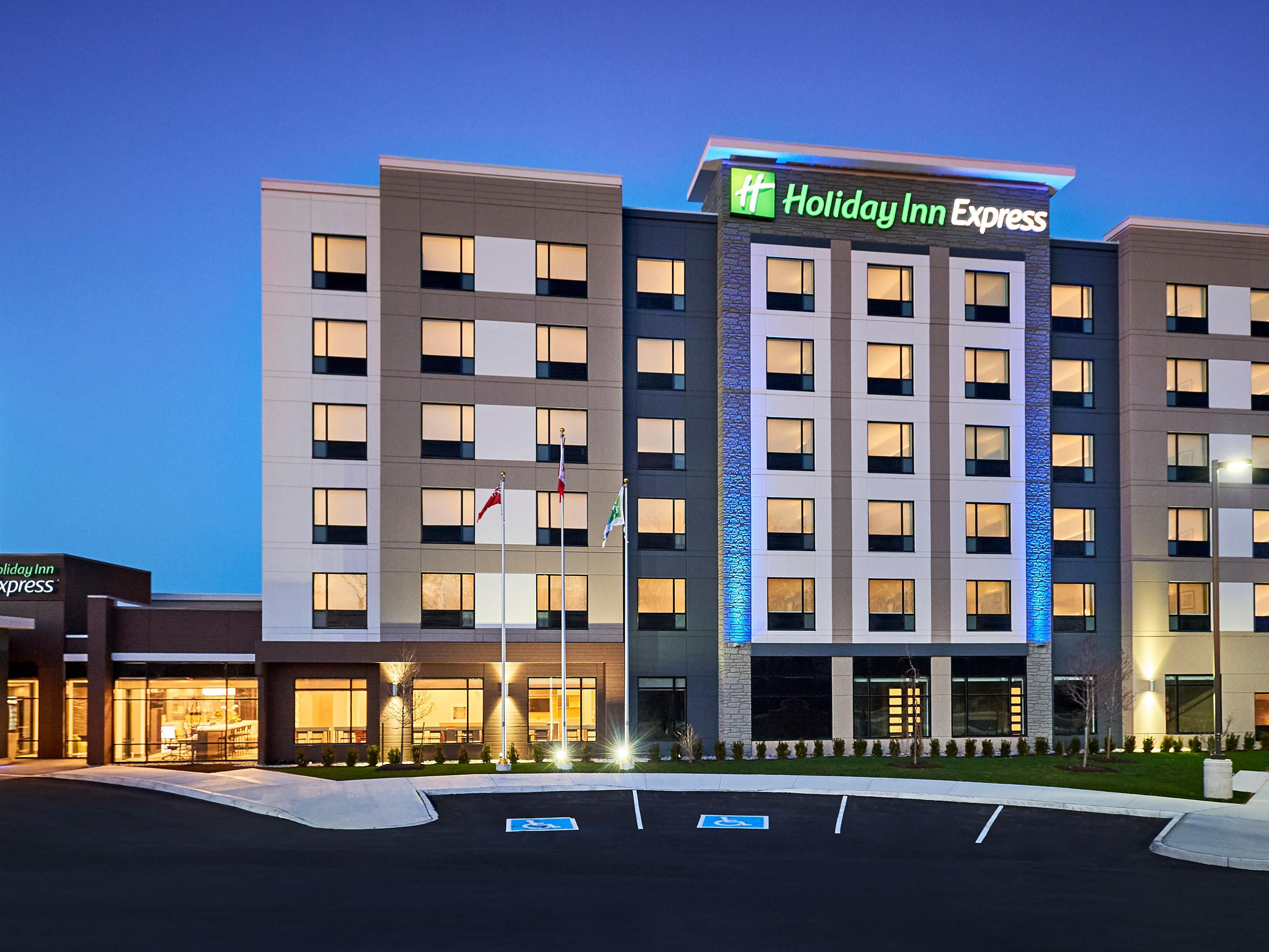 Pet Friendly Hotels Niagara Falls Canada Holiday Inn