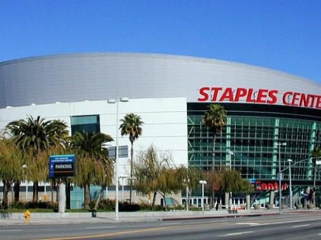 Staples Center Los Angels Holiday Inn Express North hollywood