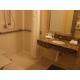 1 Queen WC Bathroom