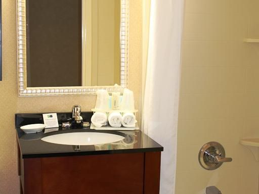 Enjoy the amentiesof our newly renovated guest room bathroom