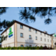 Holiday Inn Express Perth is ideally located for access to the A9.