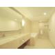 Baño con moderno mobiliario en nuestra Suite Ejecutiva.