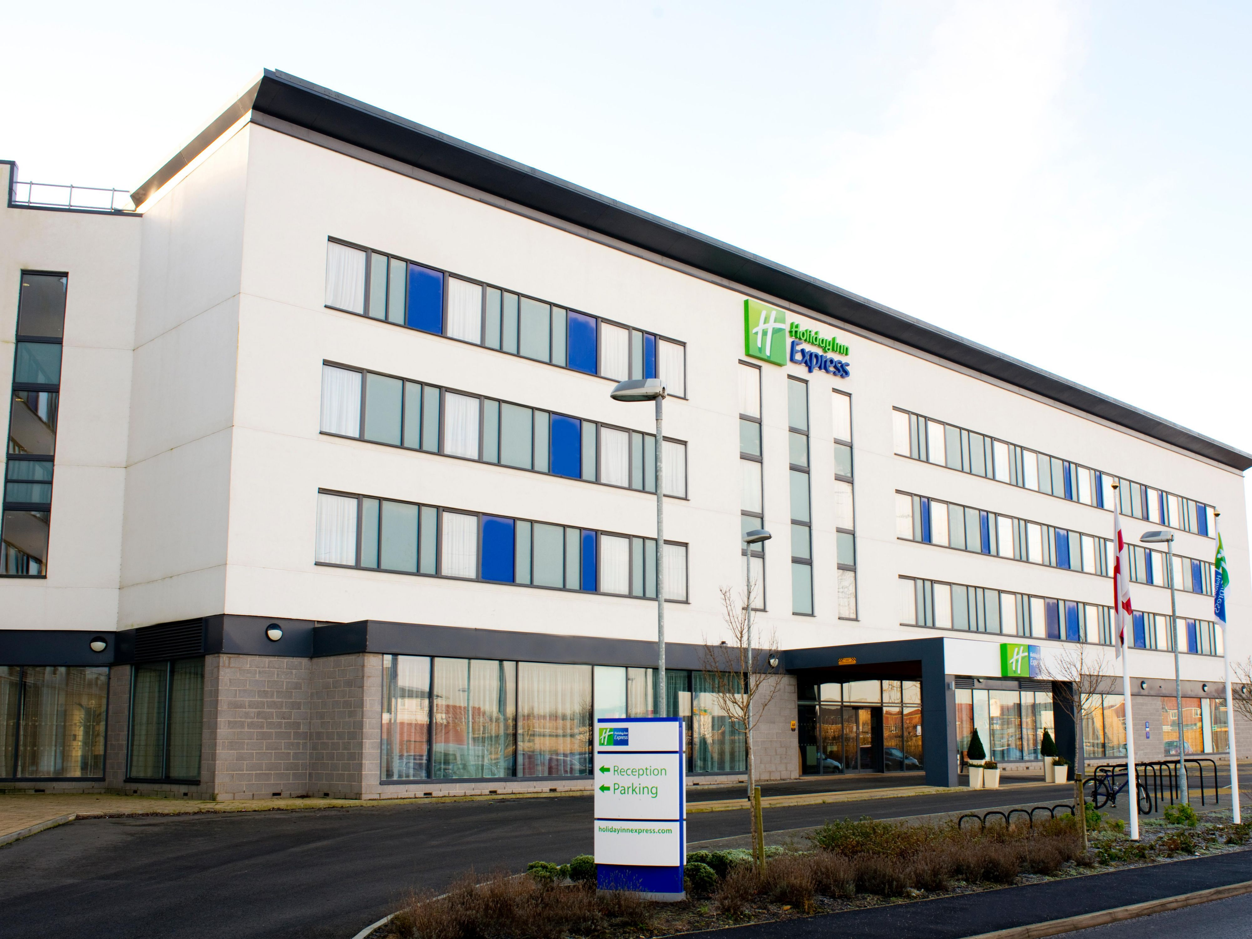Welcome to the Holiday Inn Express Rotherham North