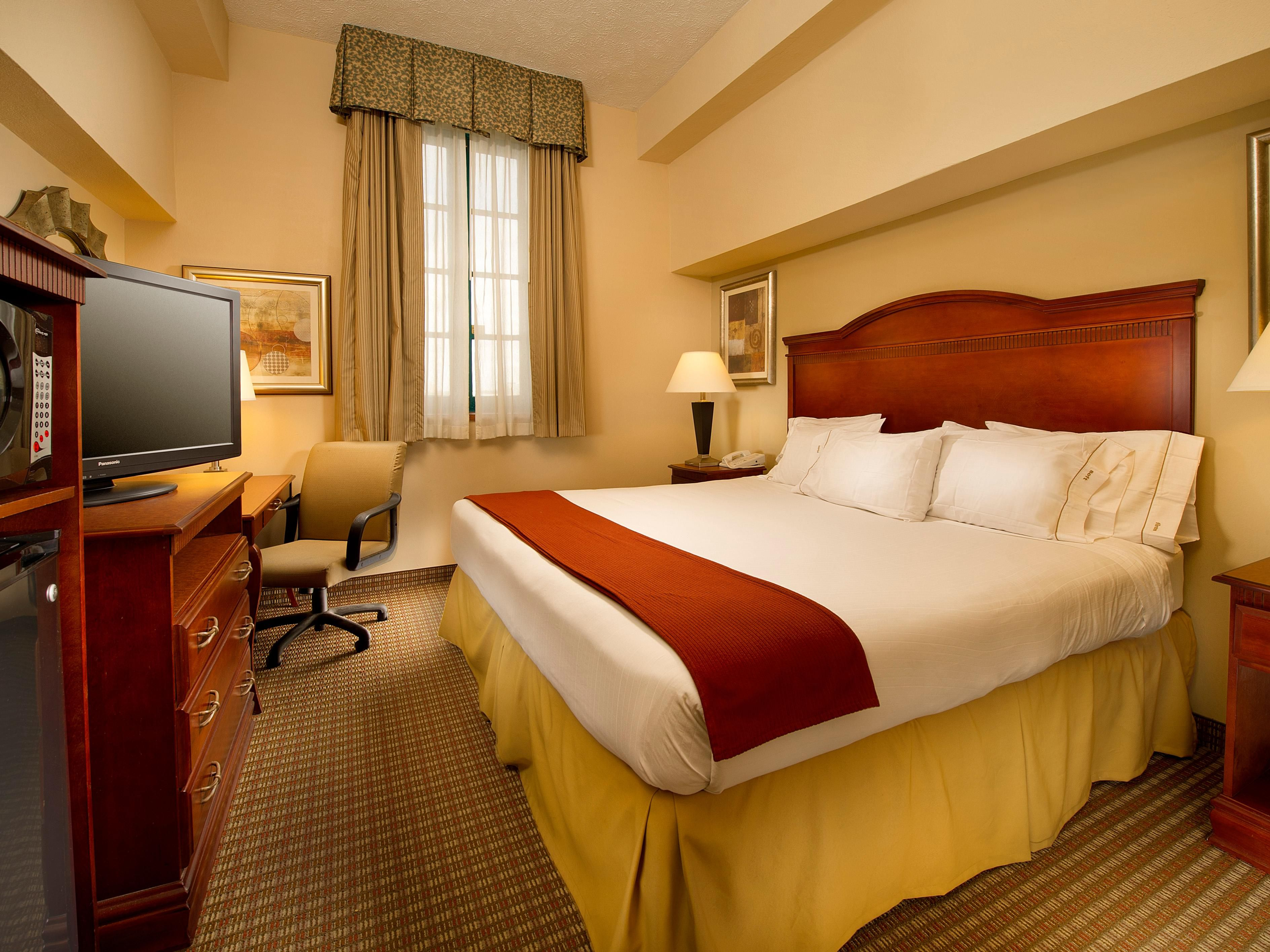 Enjoy a good night's sleep in our king size beds.