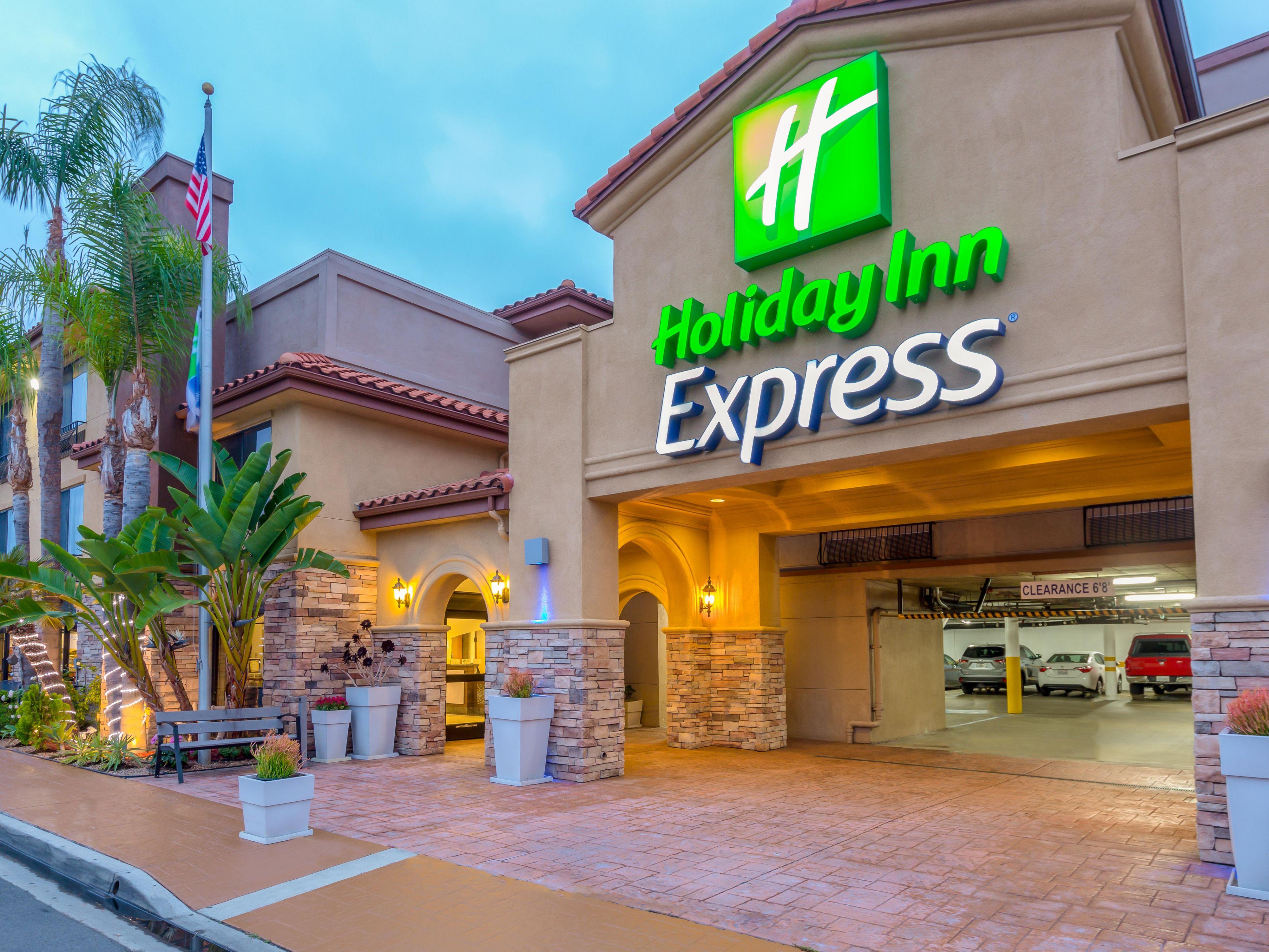 Hotel Near SeaWorld San Diego - Holiday Inn Express San Diego
