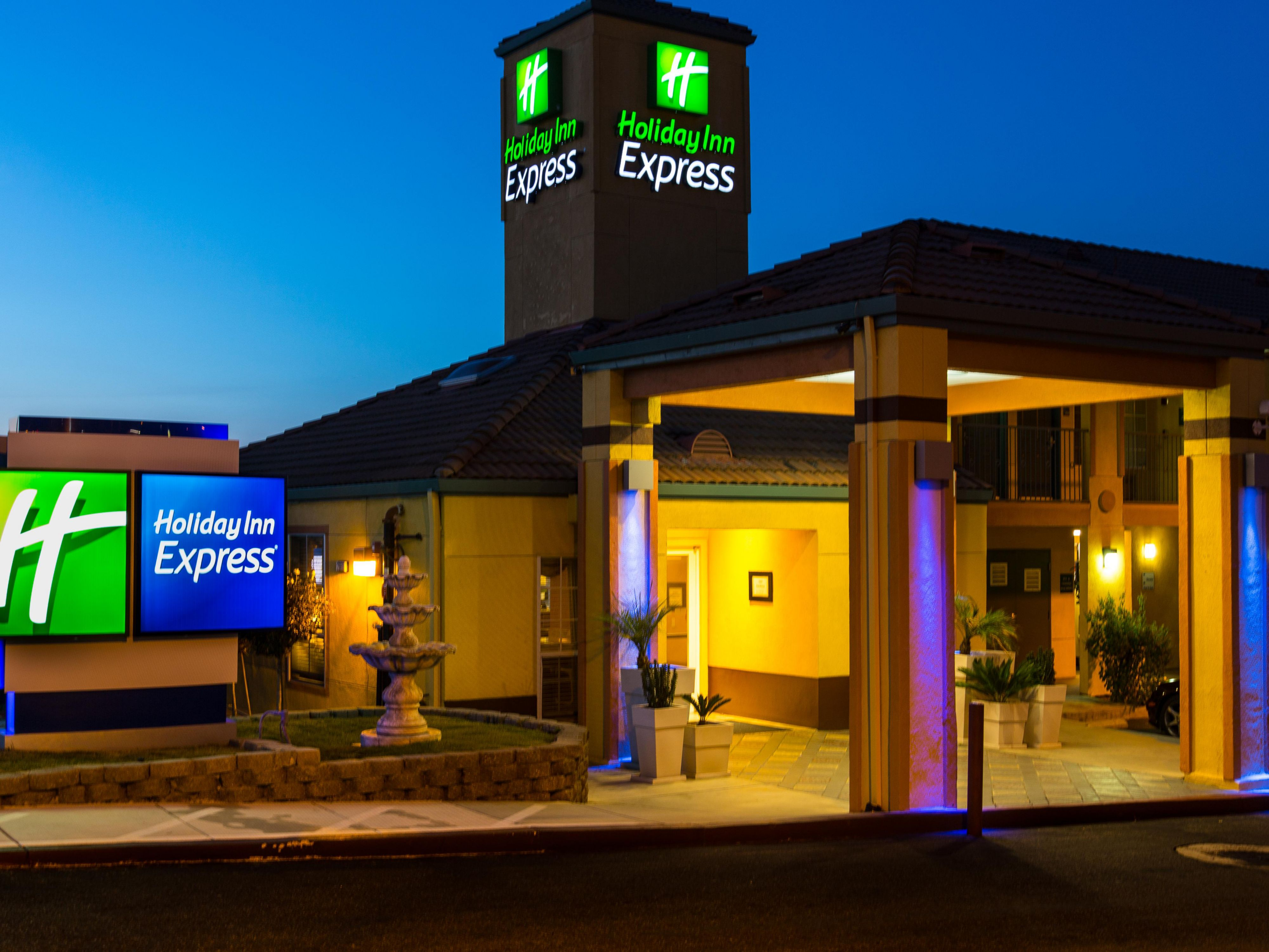 Holiday Inn Express San Jose Hotel Exterior
