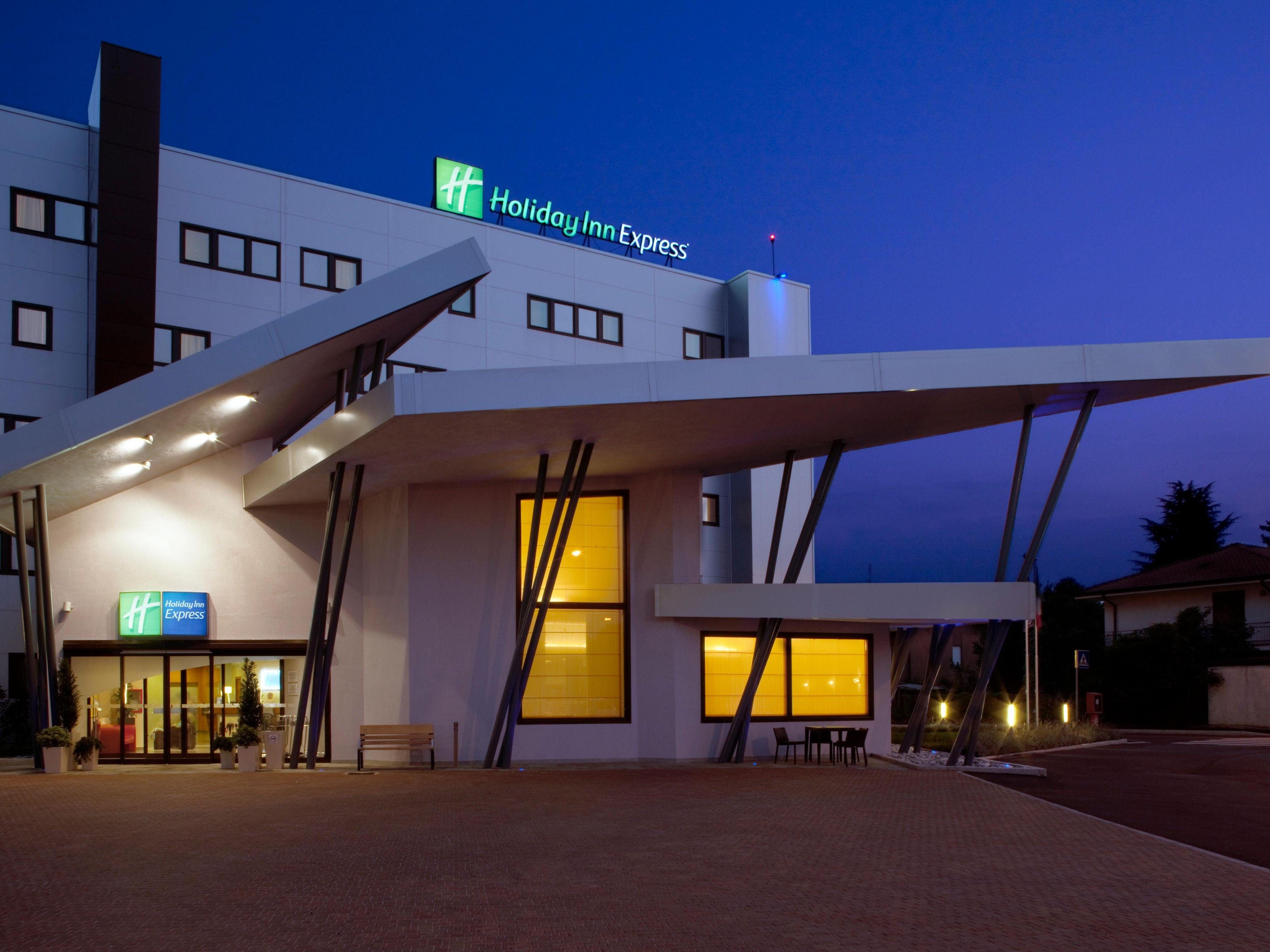 Holiday Inn Express Milan Malpensa Airport Hotel By Ihg