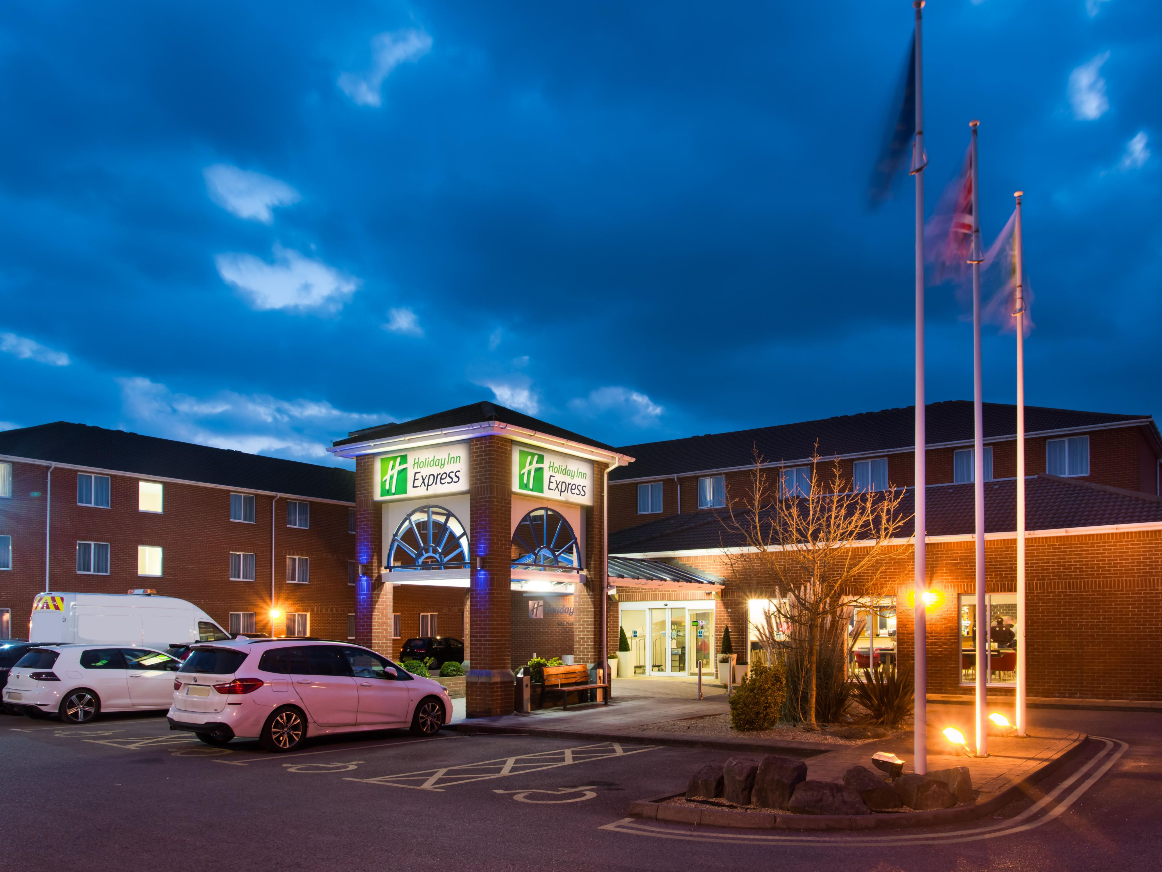 Free parking is available for guests at our hotel in Southampton