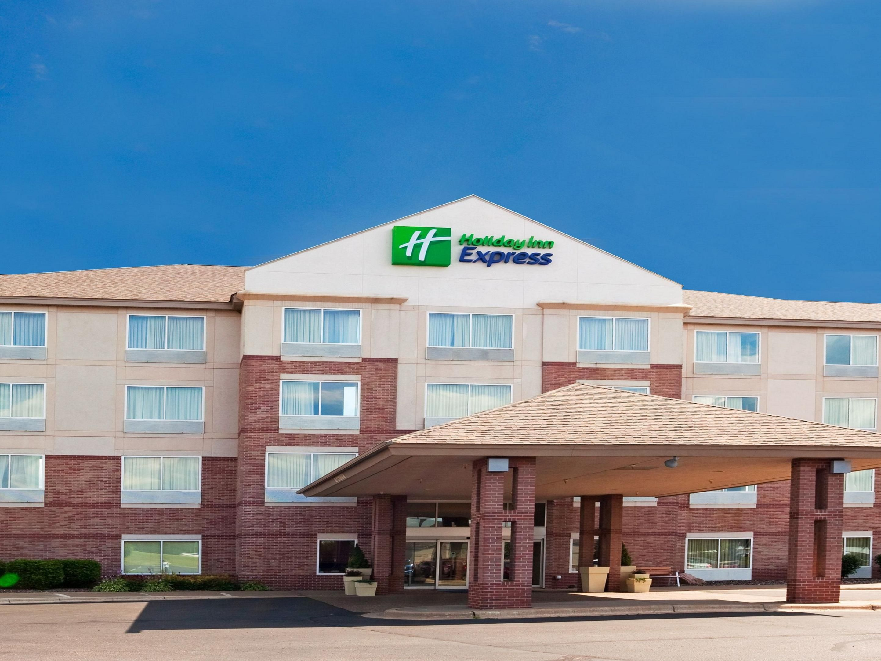 Welcome to the St. Croix Valley Holiday Inn Express!