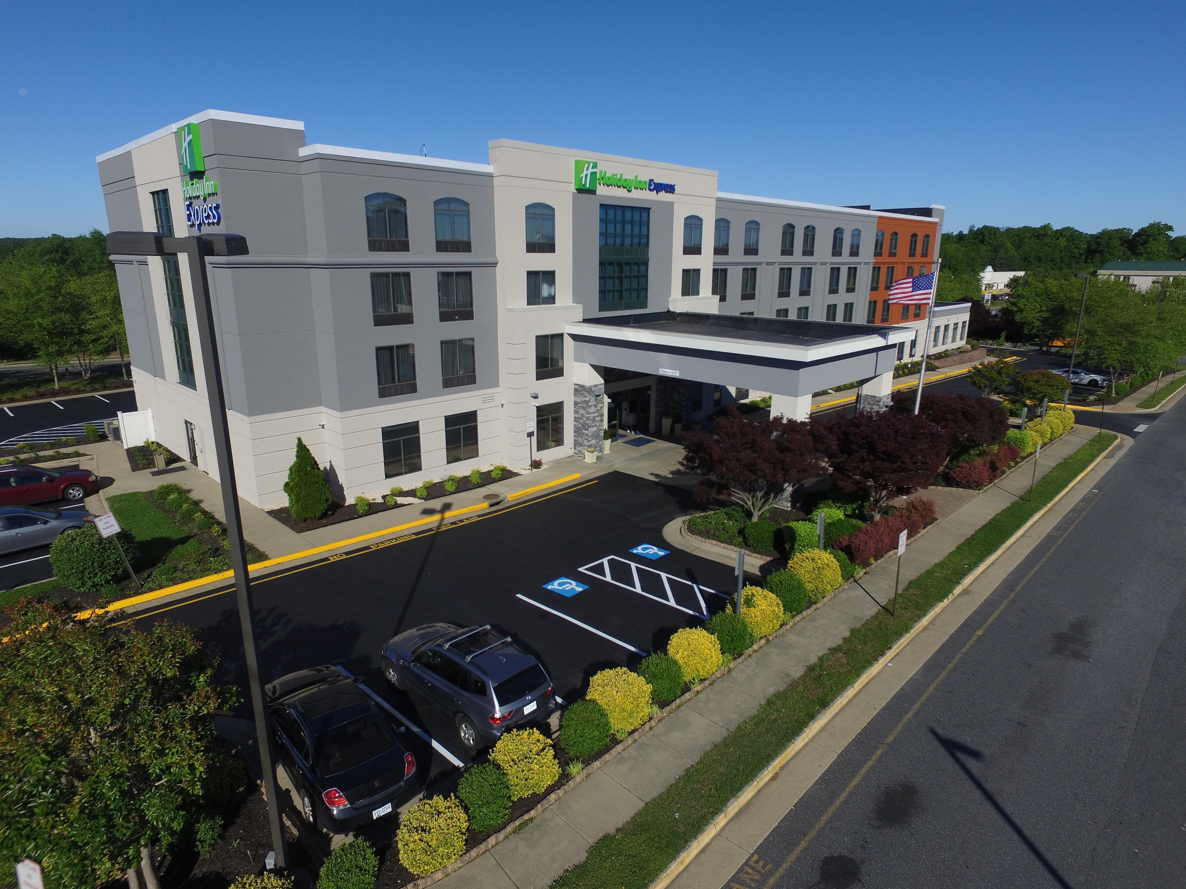 Holiday Inn Express Quantico Stafford In Dumfries Virginia
