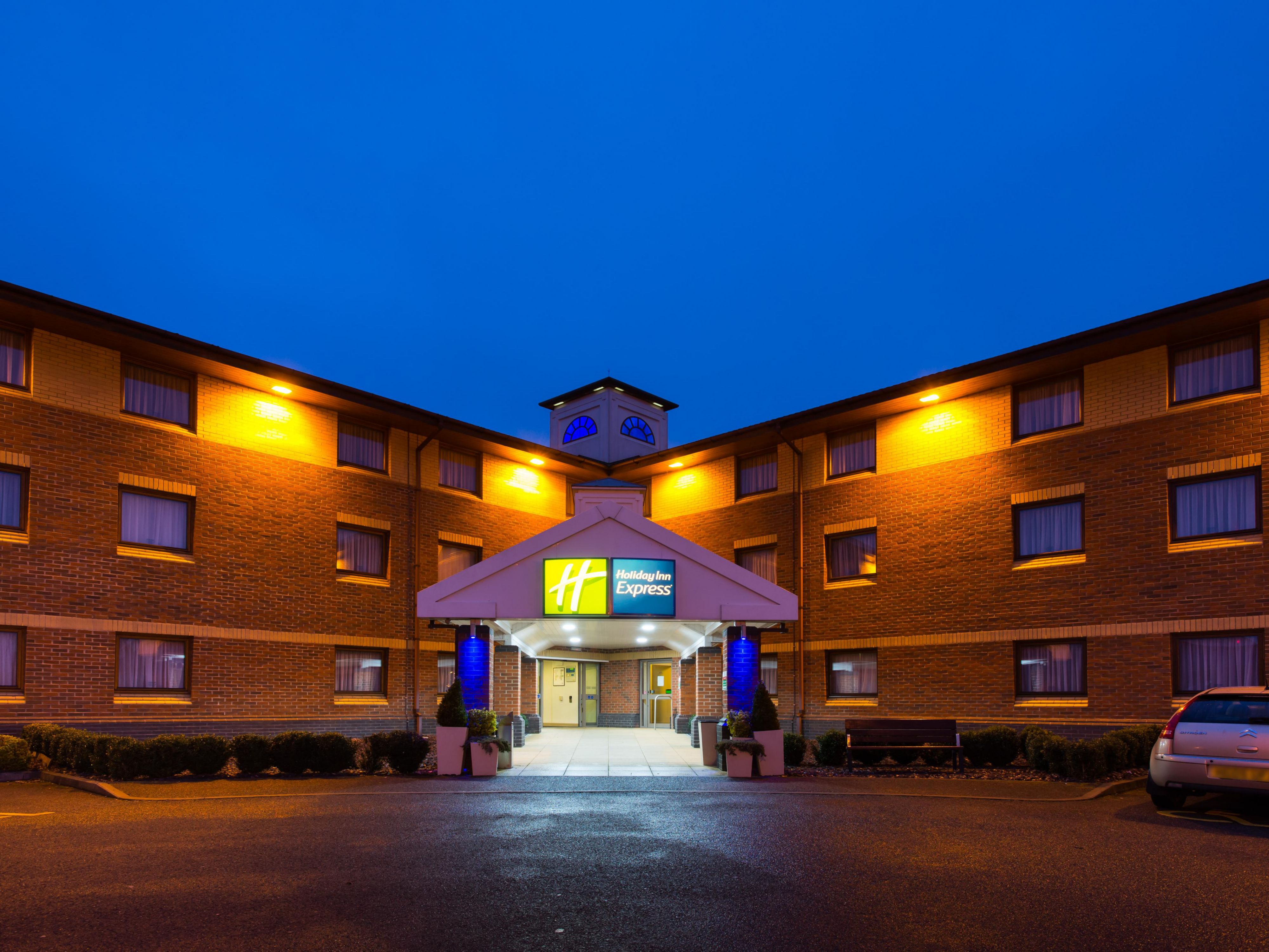 Our hotel welcomes families and business and leisure travellers