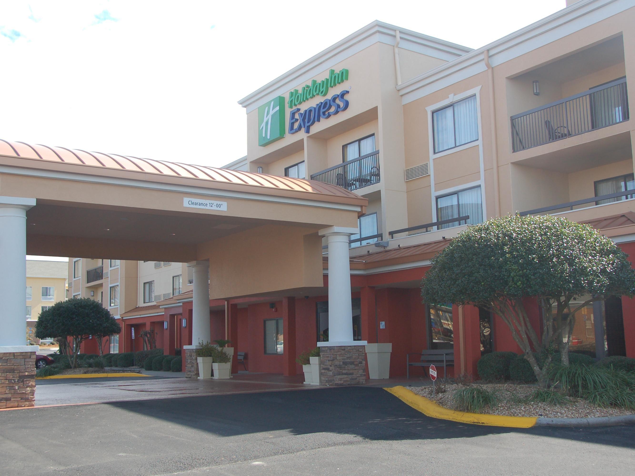 holiday inn express tifton hotel by ihg - Hilton Garden Inn Tifton Ga