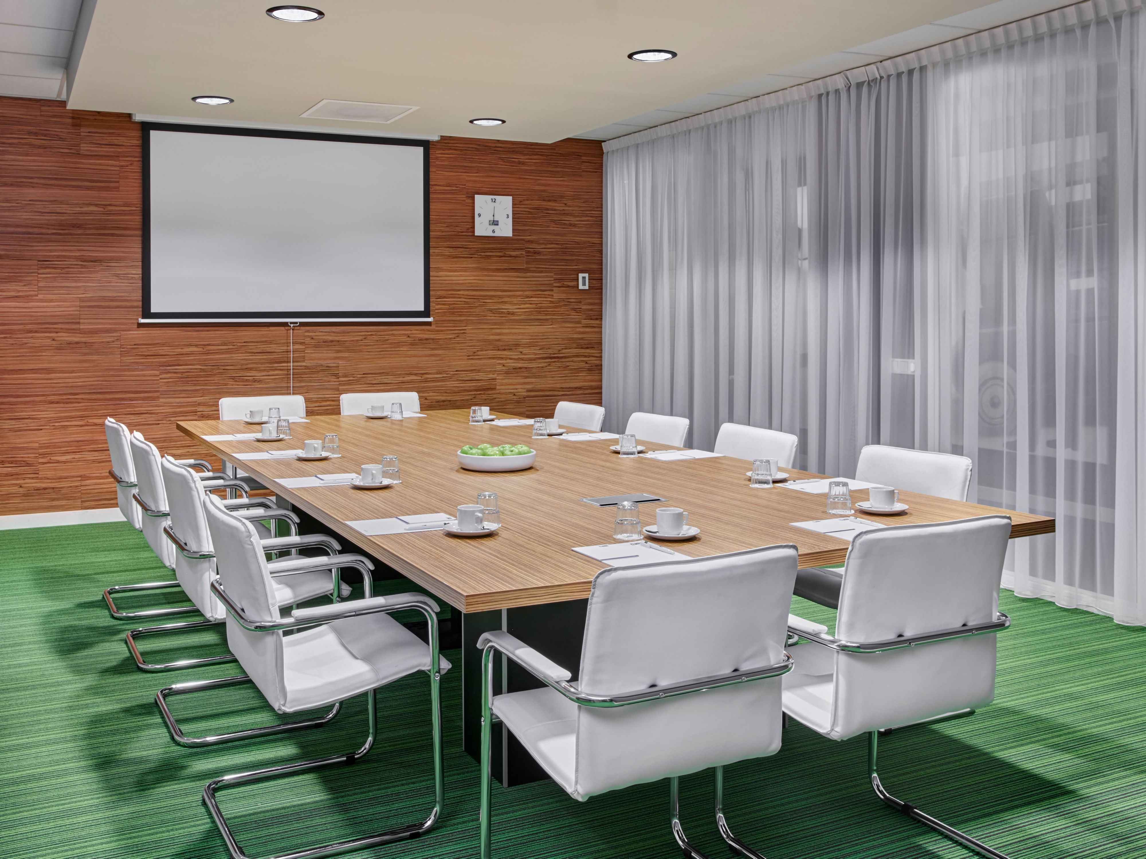 Host your next conference at the Holiday Inn Express Utrecht
