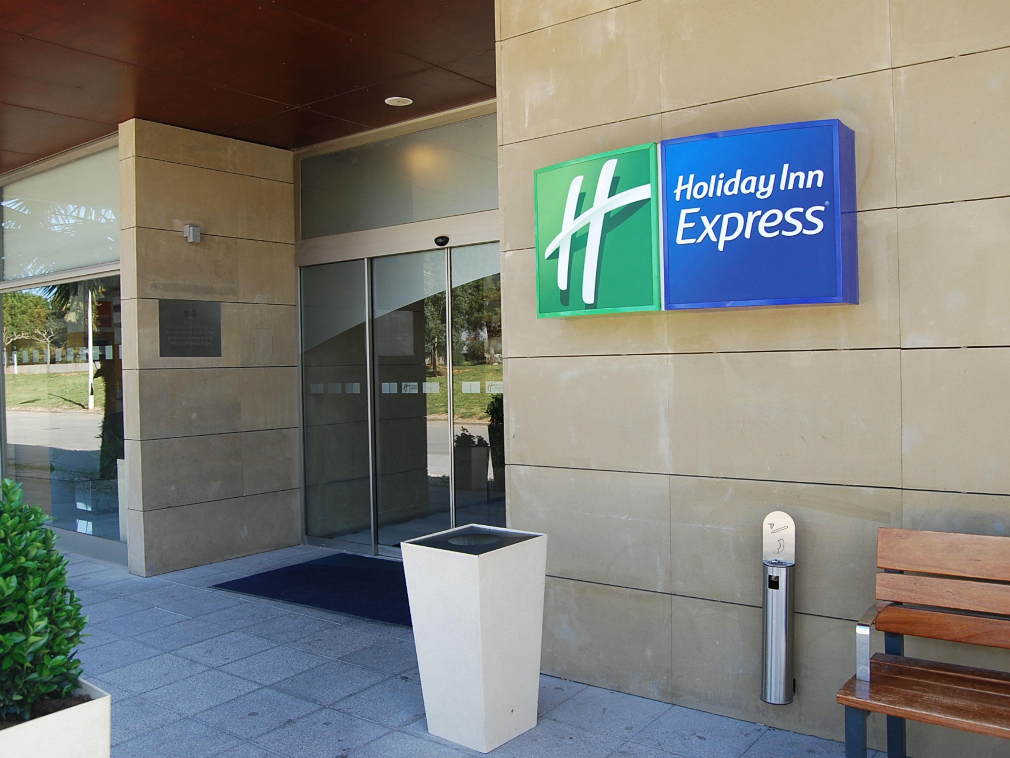 Holiday Inn Express Valencia Bonaire Hotel Ihg