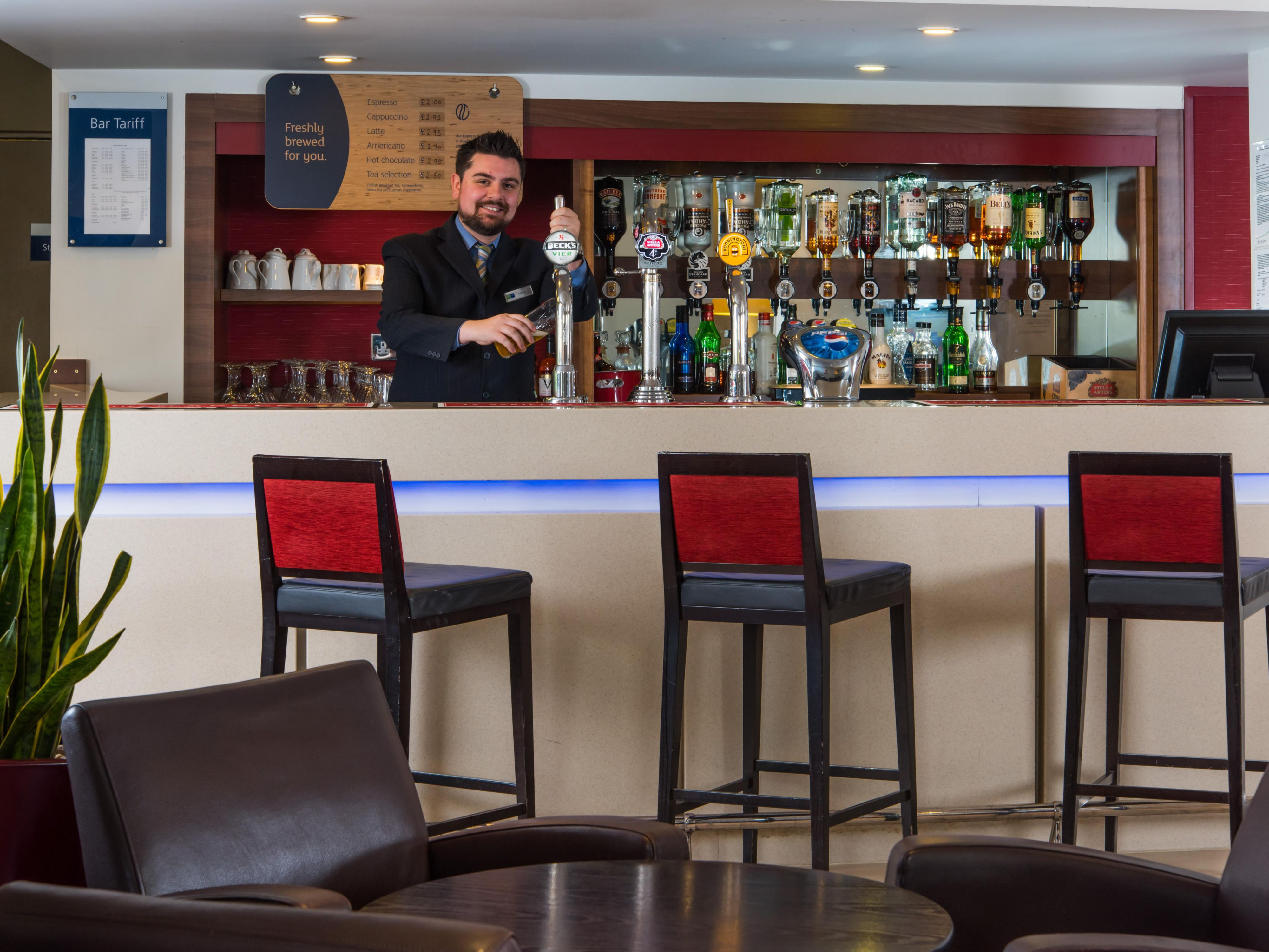 Fancy a tipple? Our lounge bar is open throughout the day. Enjoy!
