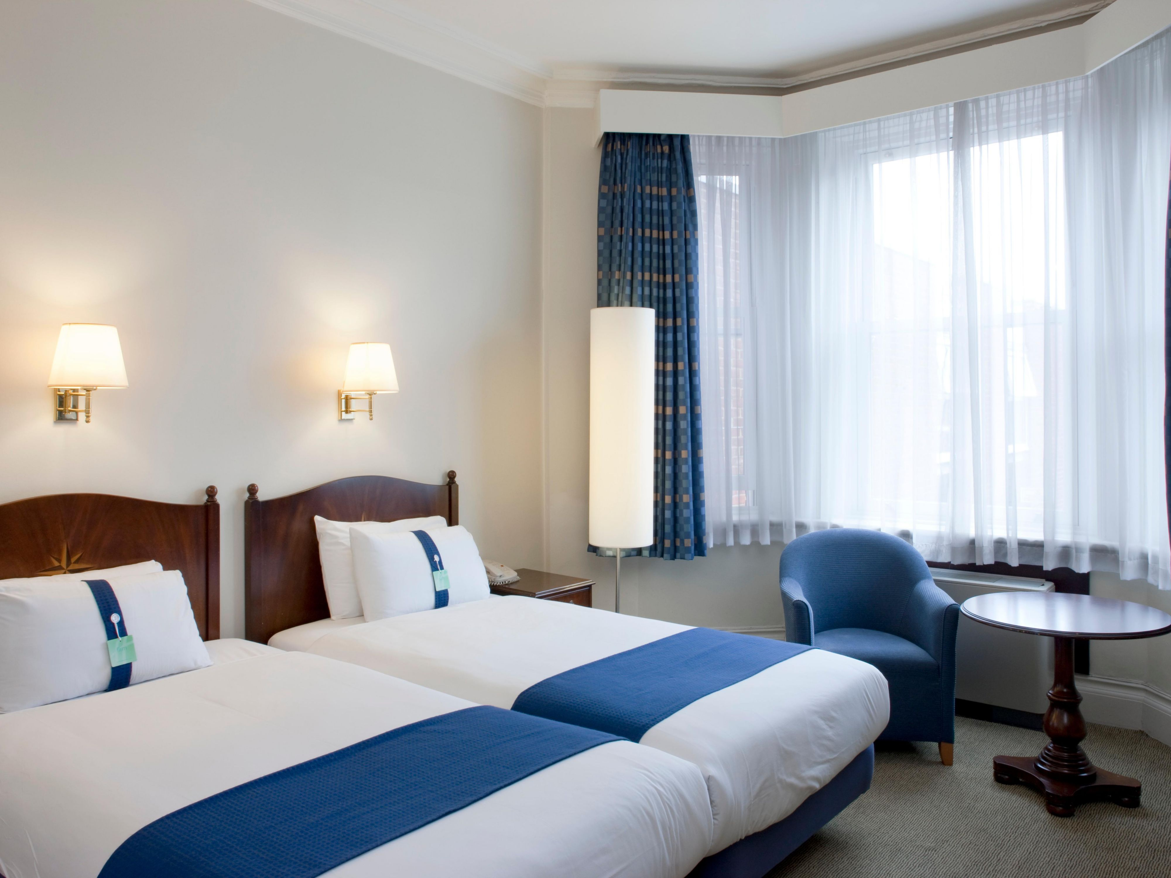 Perfect for sharing, our twin bedded room