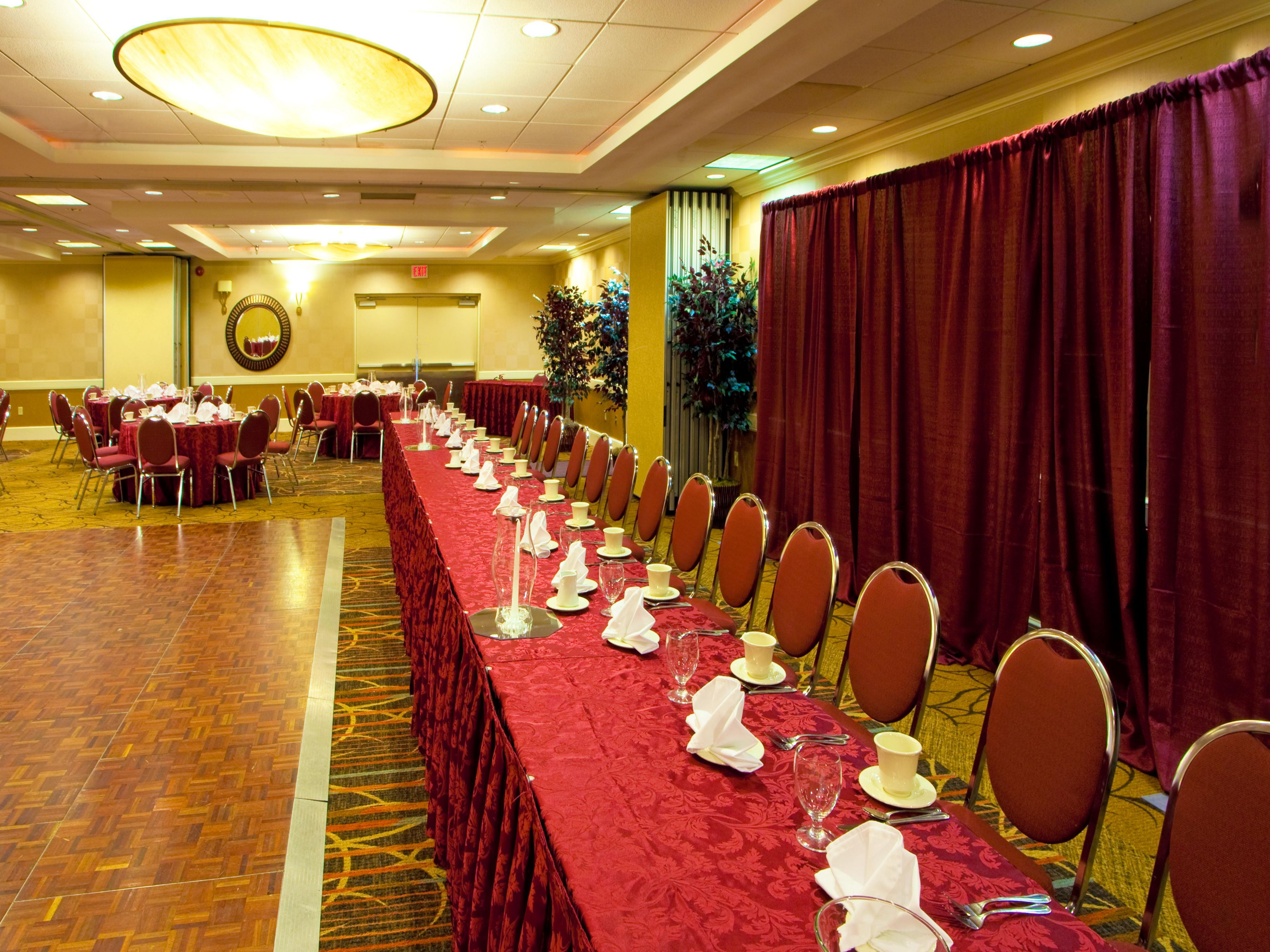 We specialize in making your meeting/event just perfect!