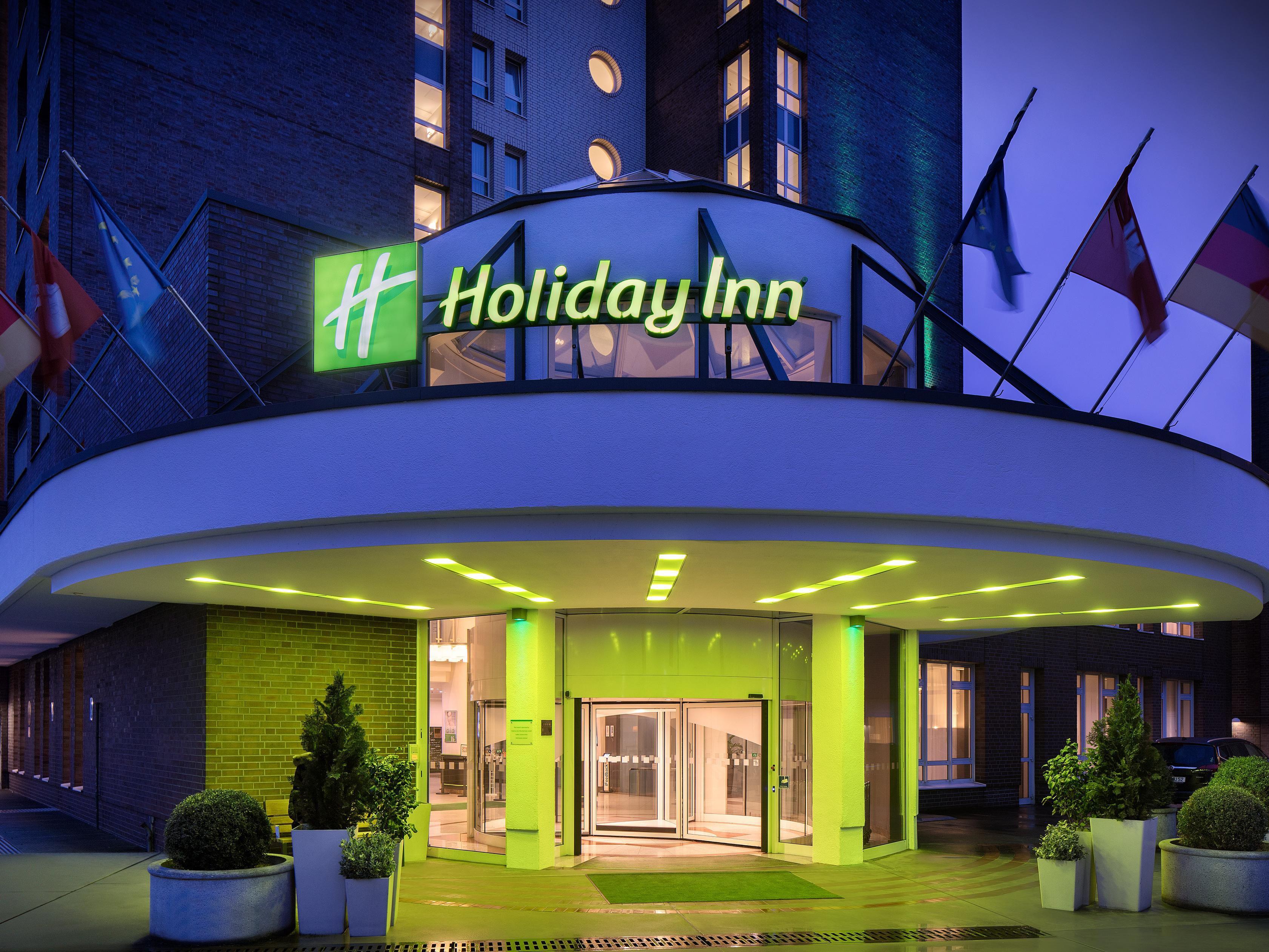 Hamburg Hotel With Pool Holiday Inn Hotel Hamburg