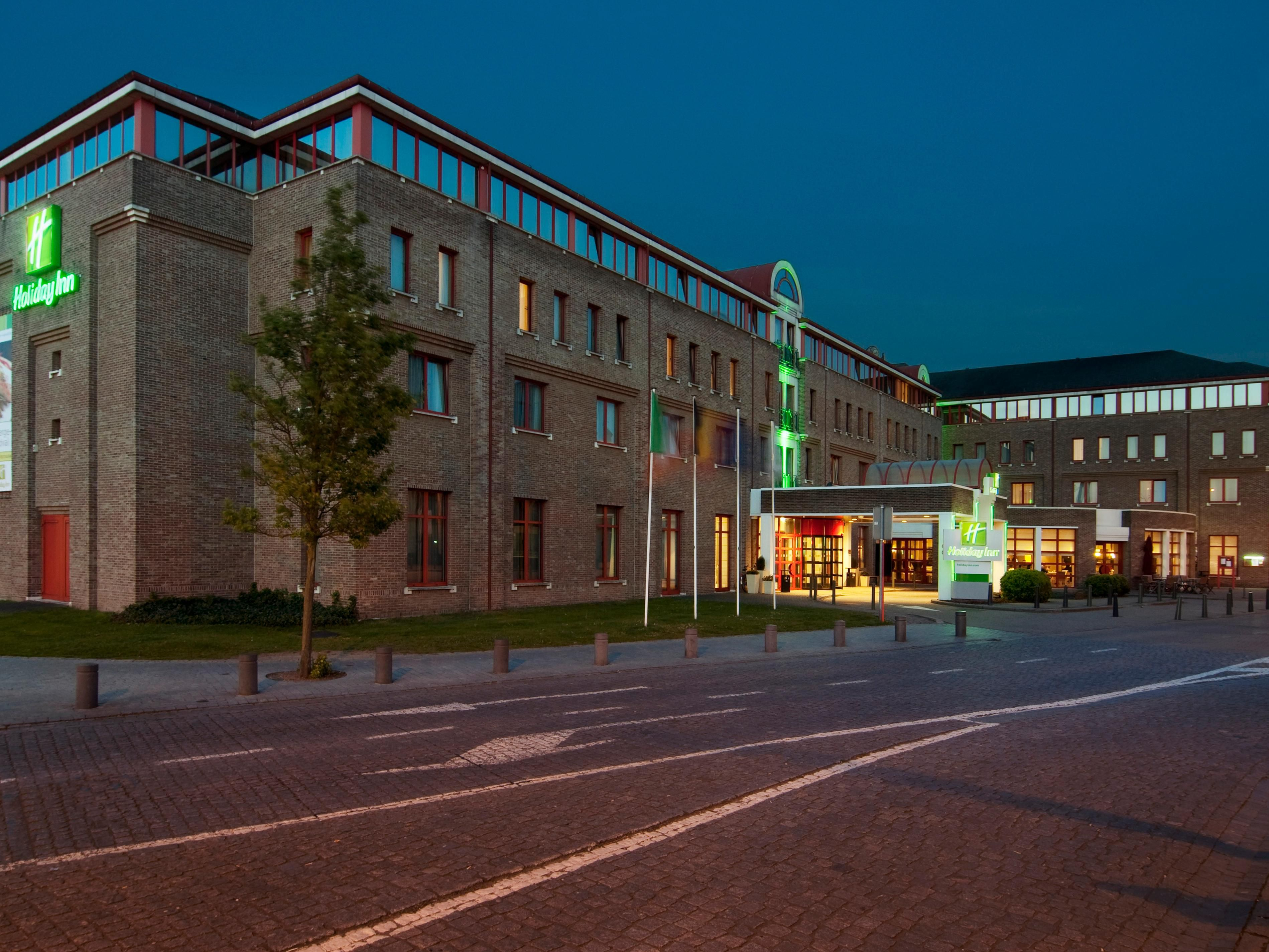 Holiday Inn Hasselt - Hotel Exterior