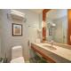 Executive room Bathroom offers comfortable amenities