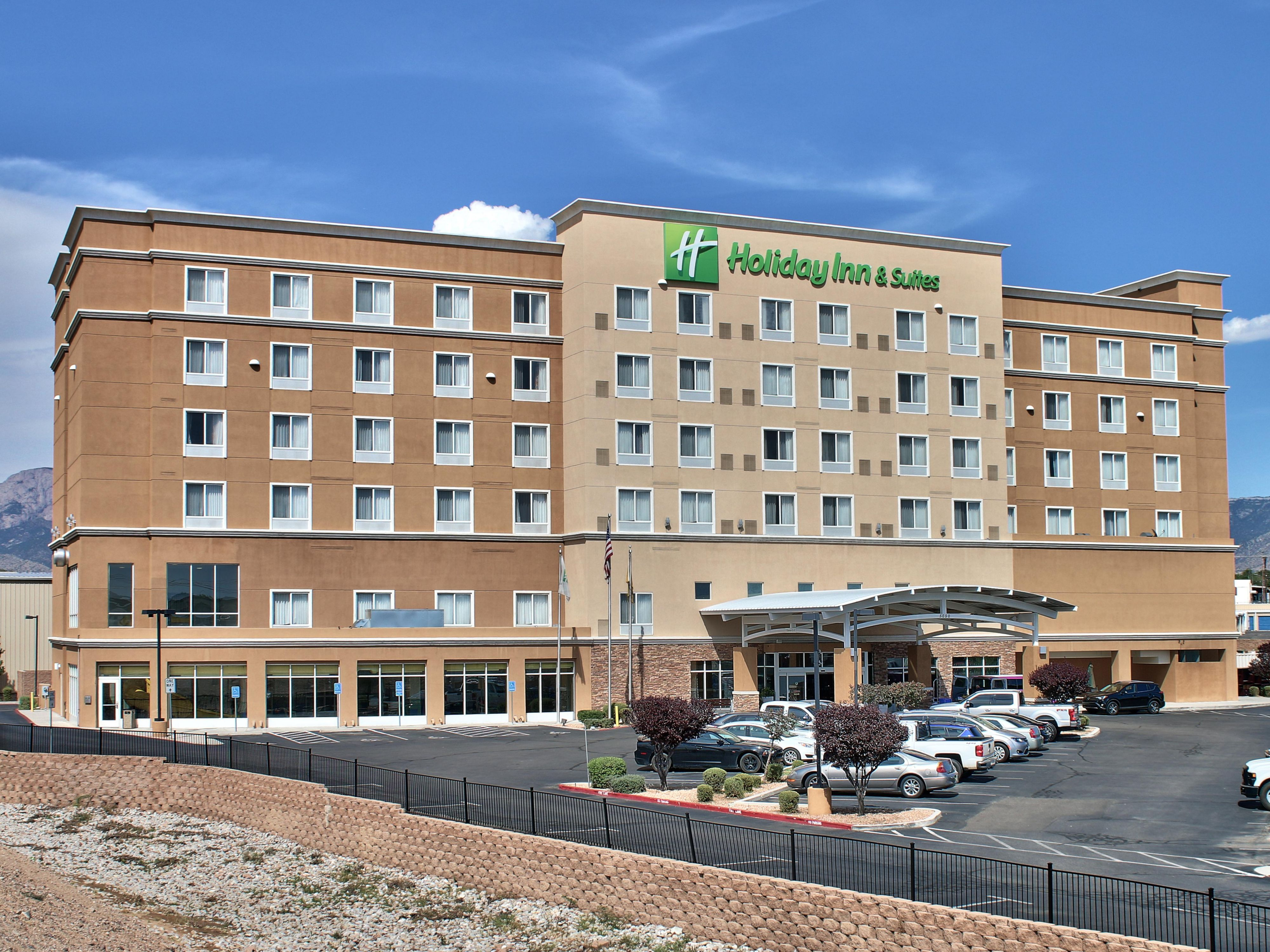 Holiday Inn Hotel Suites Albuquerque North I 25 Hotel By Ihg