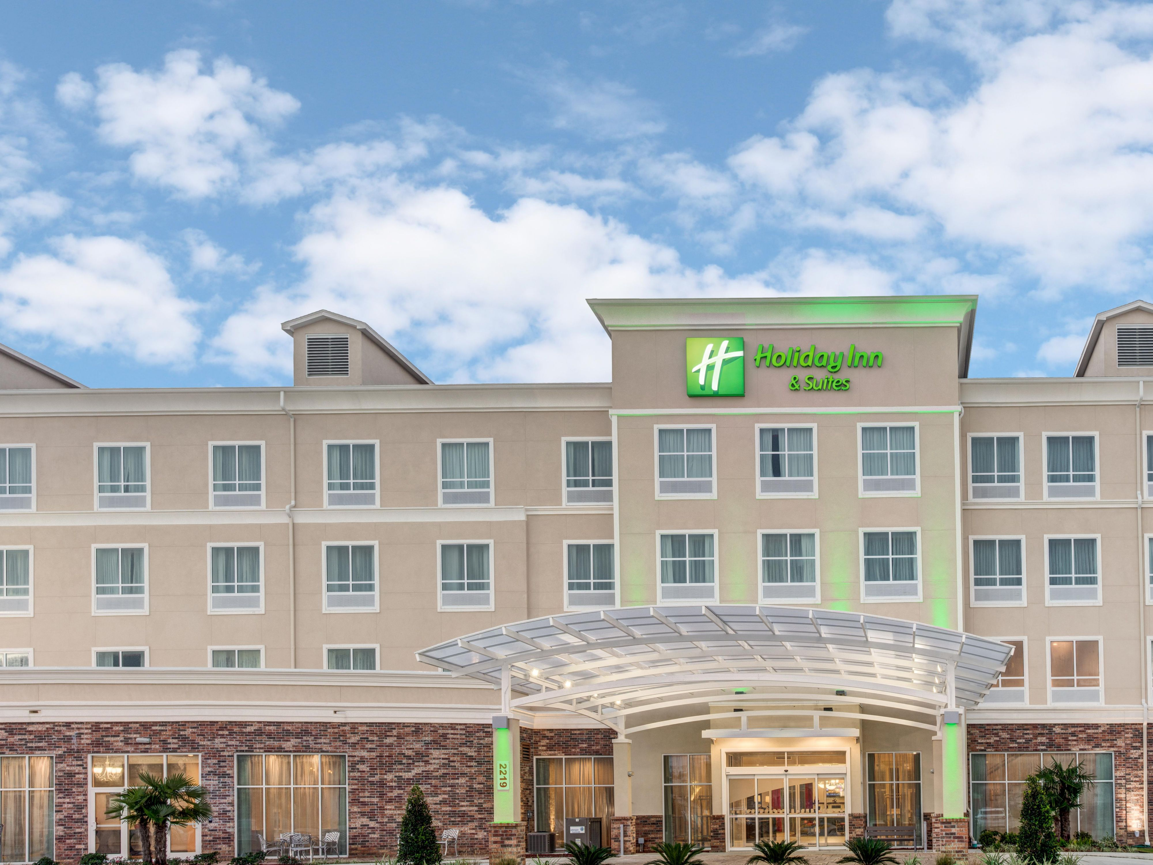 Holiday Inn Hotel Suites Lafayette North By IHG
