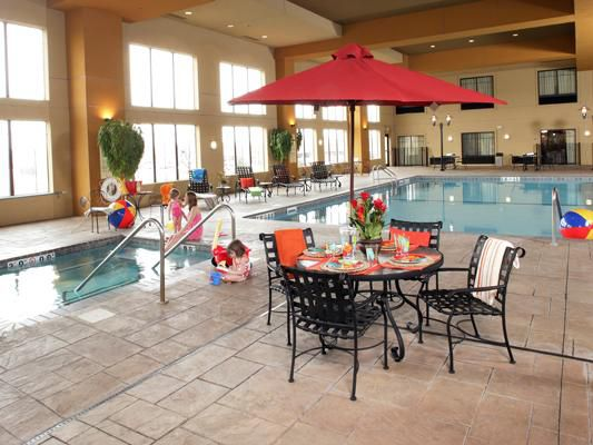 Holiday Inn St. Paul Swimming Pool