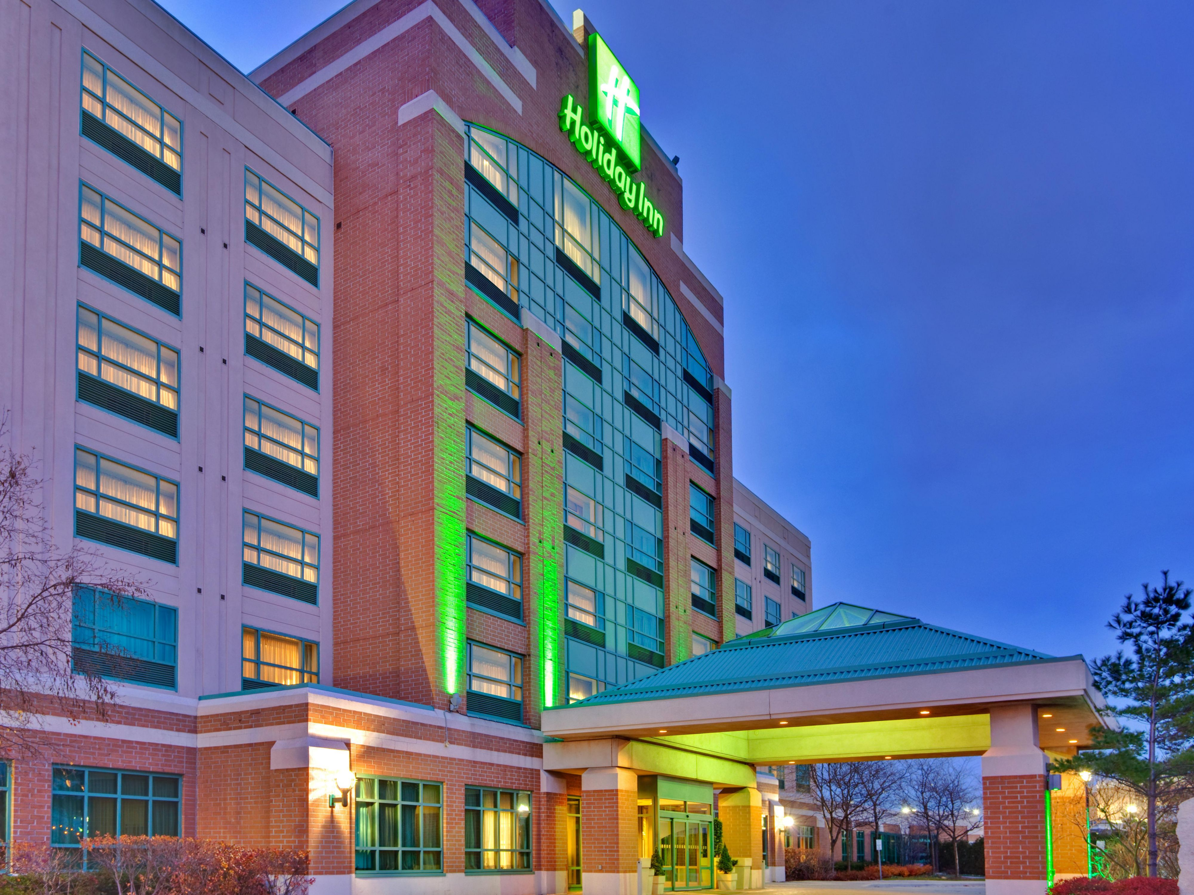 Welcome to the Holiday Inn & Suites Oakville @ Bronte
