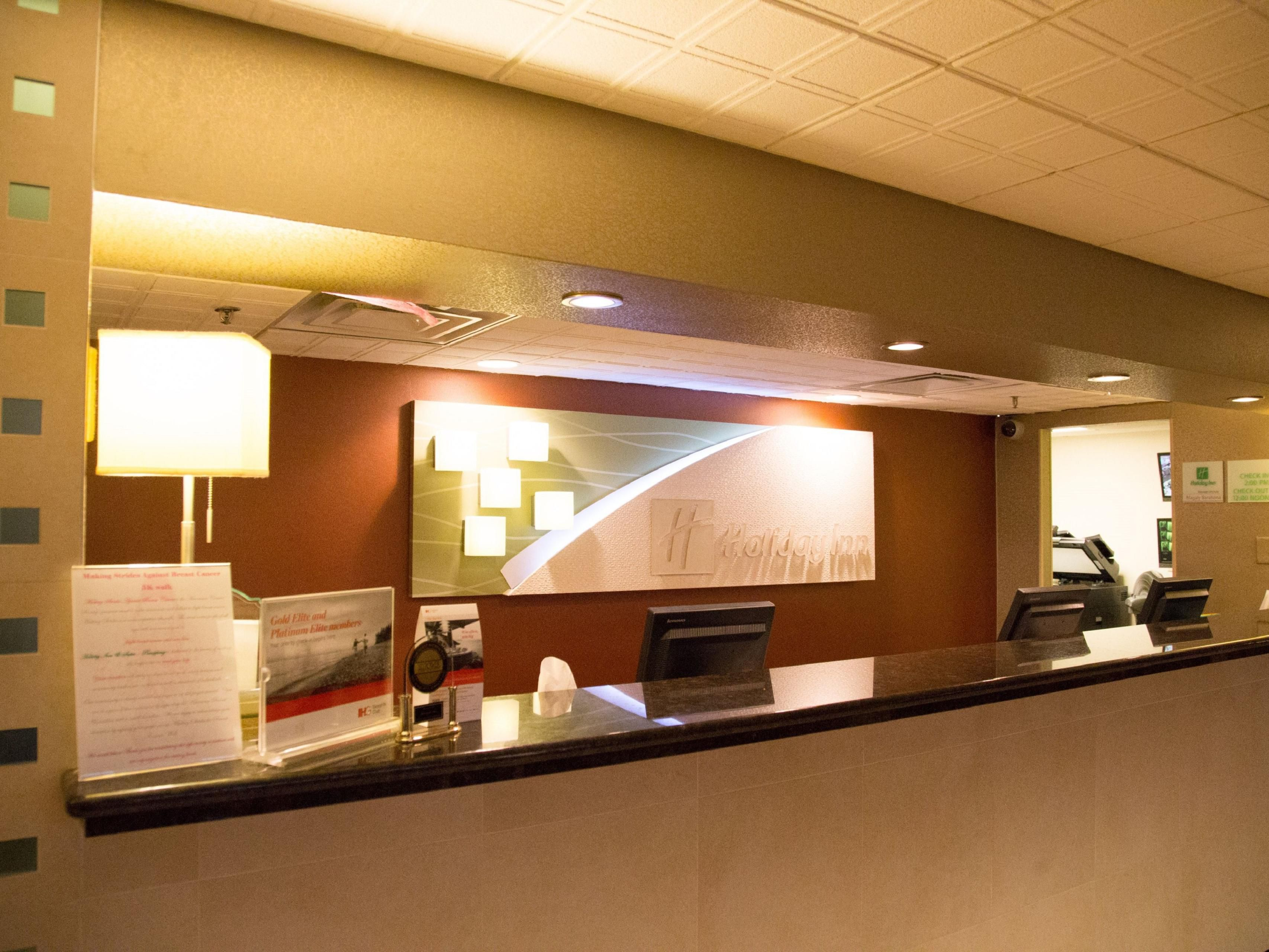Welcome to the Holiday Inn & Suites - Parsippany