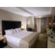 Chambre avec lit simple