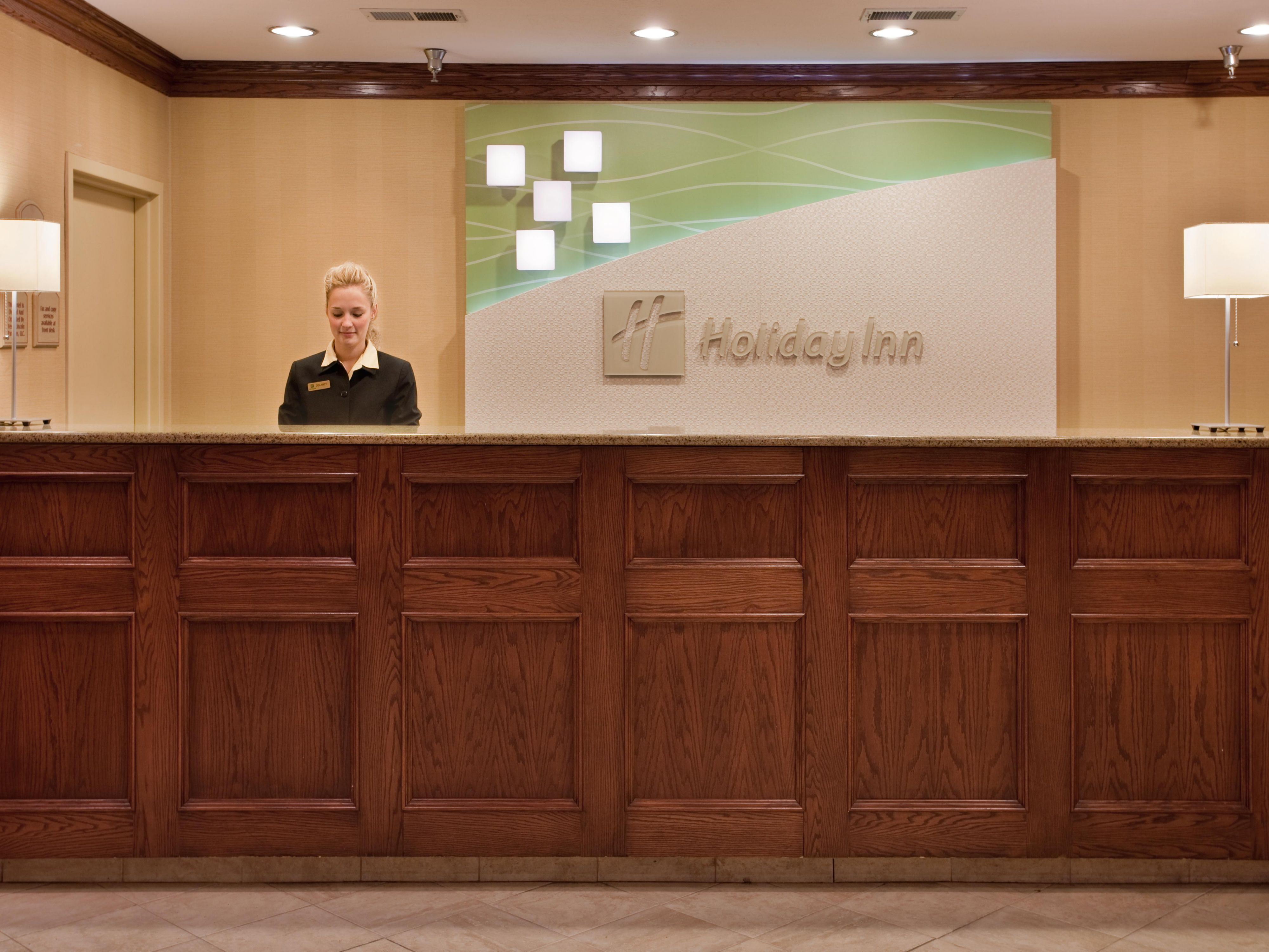 Friendly check in at the Holiday Inn Lincoln, NE hotel