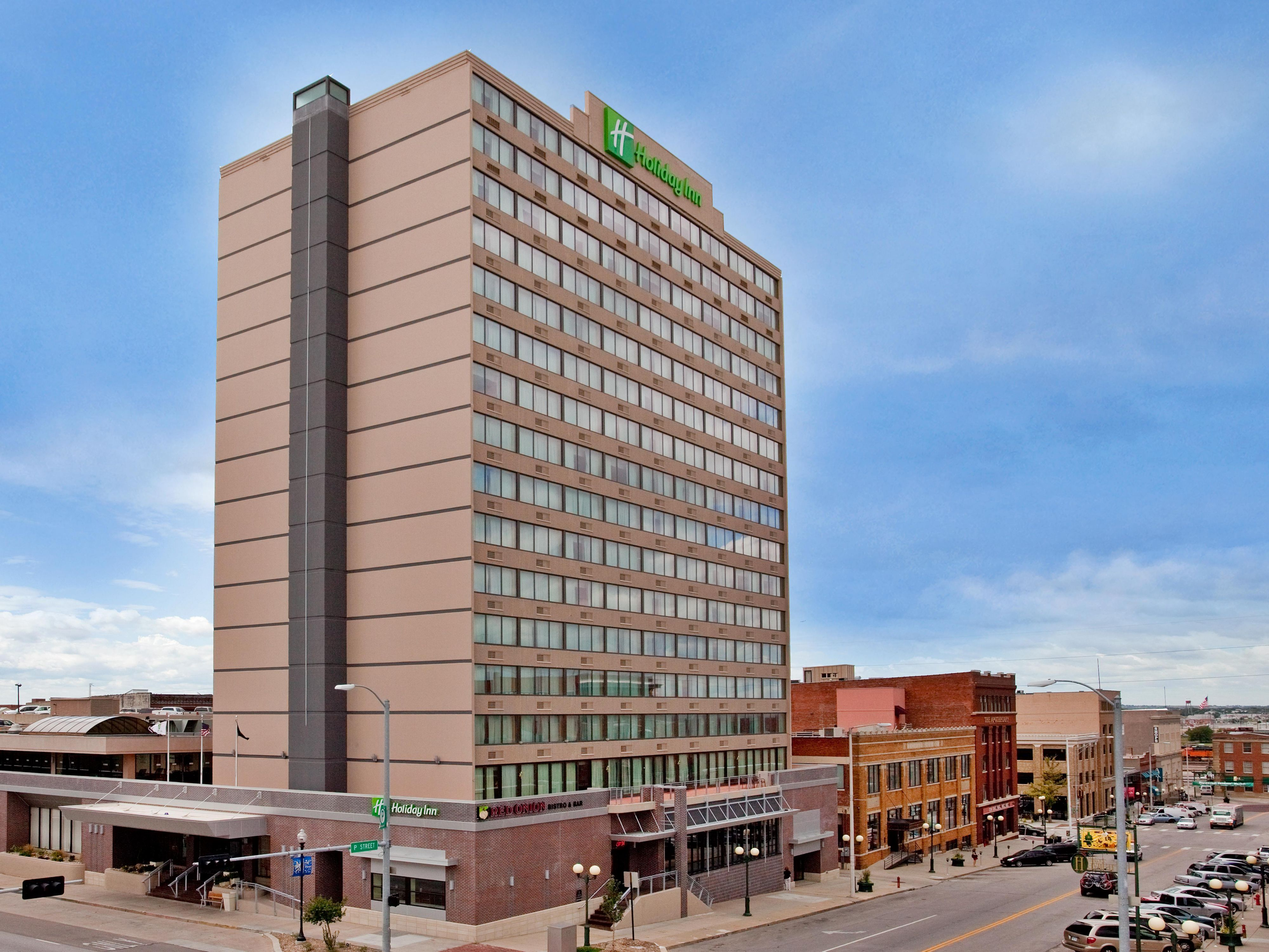Welcome to the Holiday Inn Lincoln Downtown