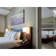 Camera accessibile con sedia a rotelle dell'Holiday Inn Commercial