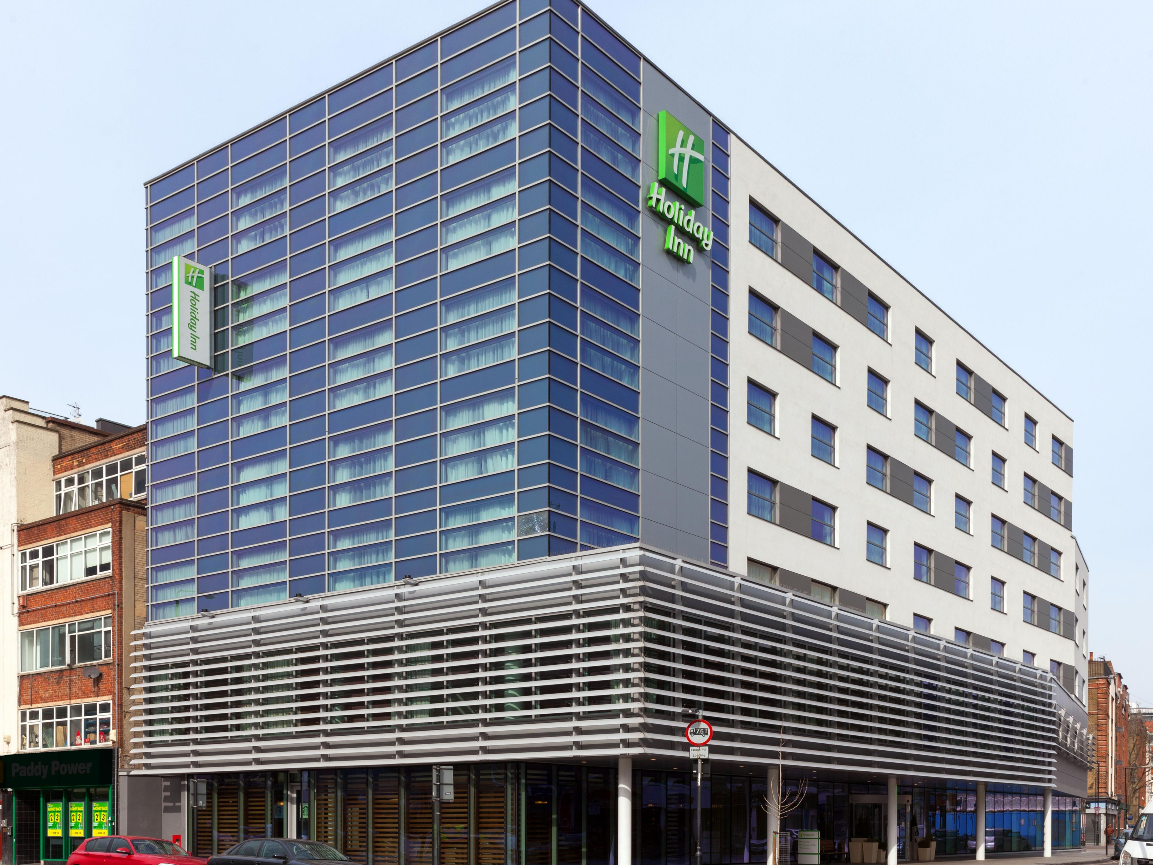 Holiday Inn London Commercial Road Hotel Exterior Daytime
