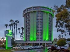 Holiday Inn Long Beach Airport